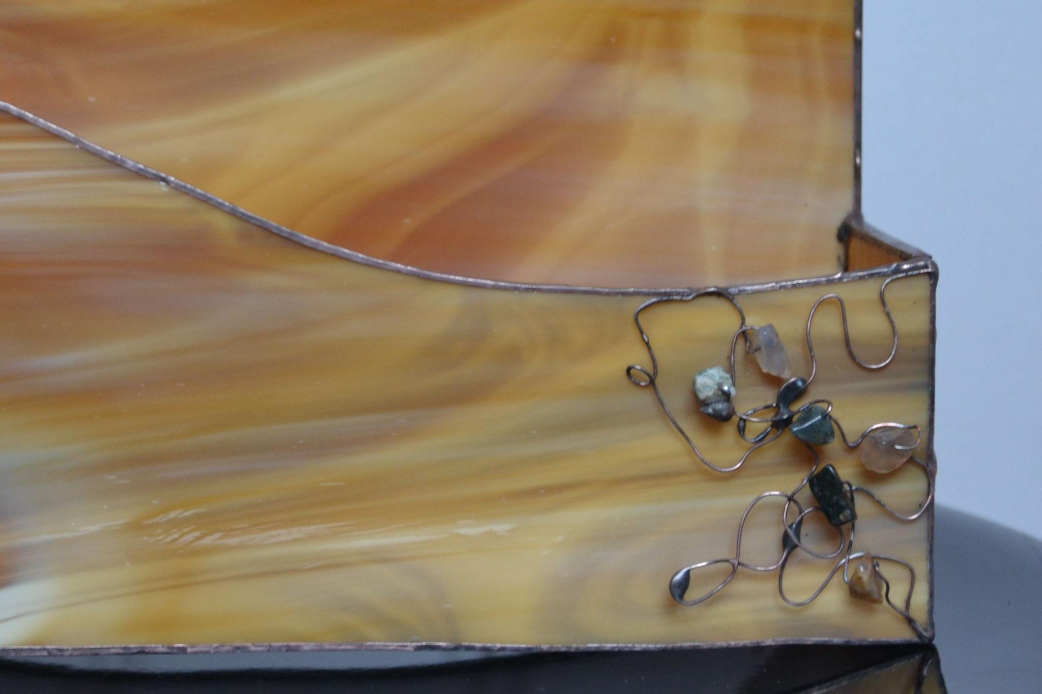 Boîte à courrier détail perles de rocaille