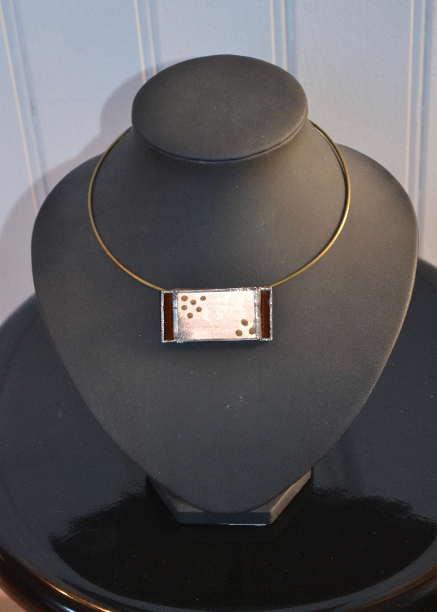 Pendentif Tiffany poudre de cuivre entre 2 verres (5 x 2 cm) 19€