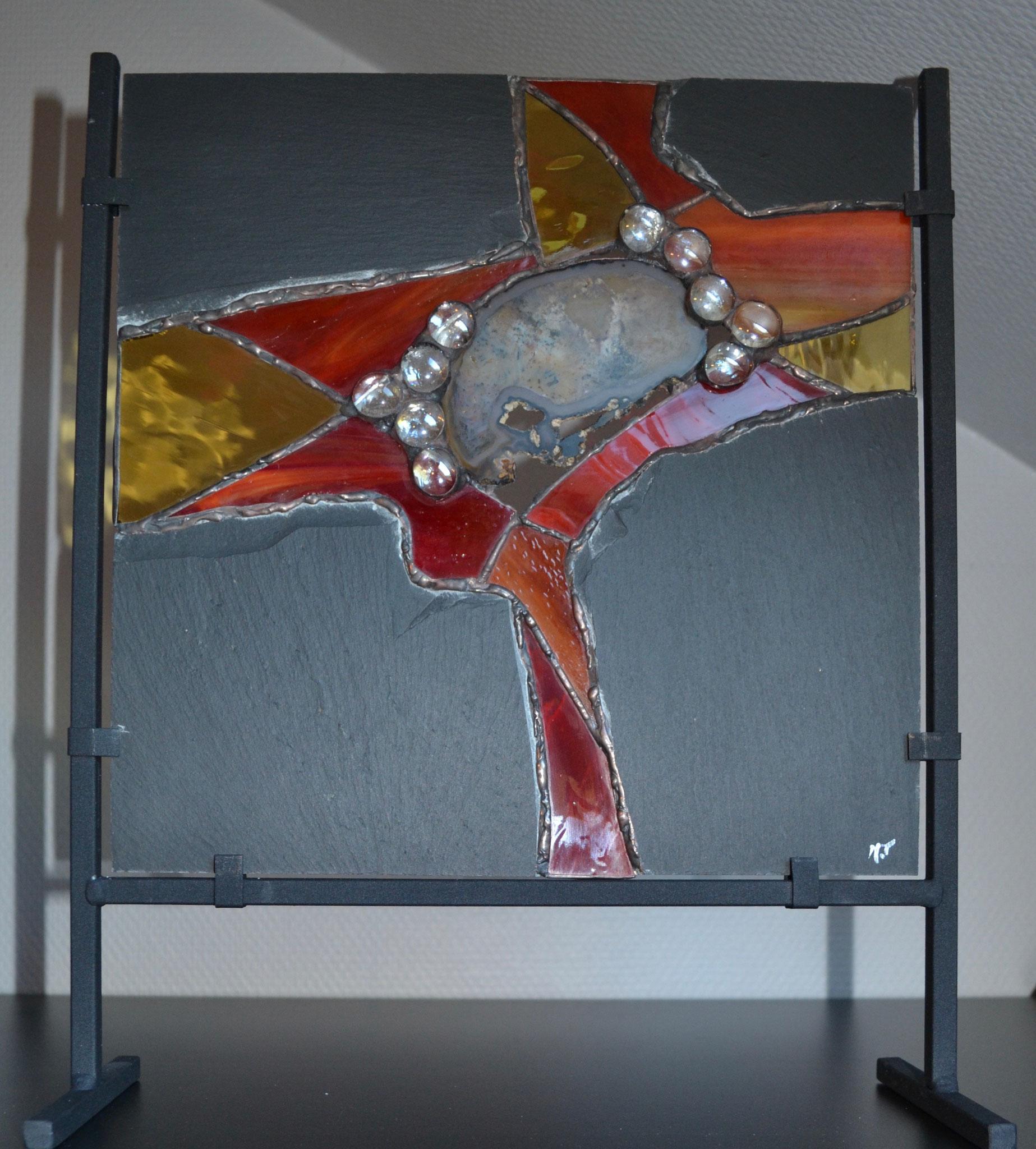 Ardoise, vitrail Tiffany et agate