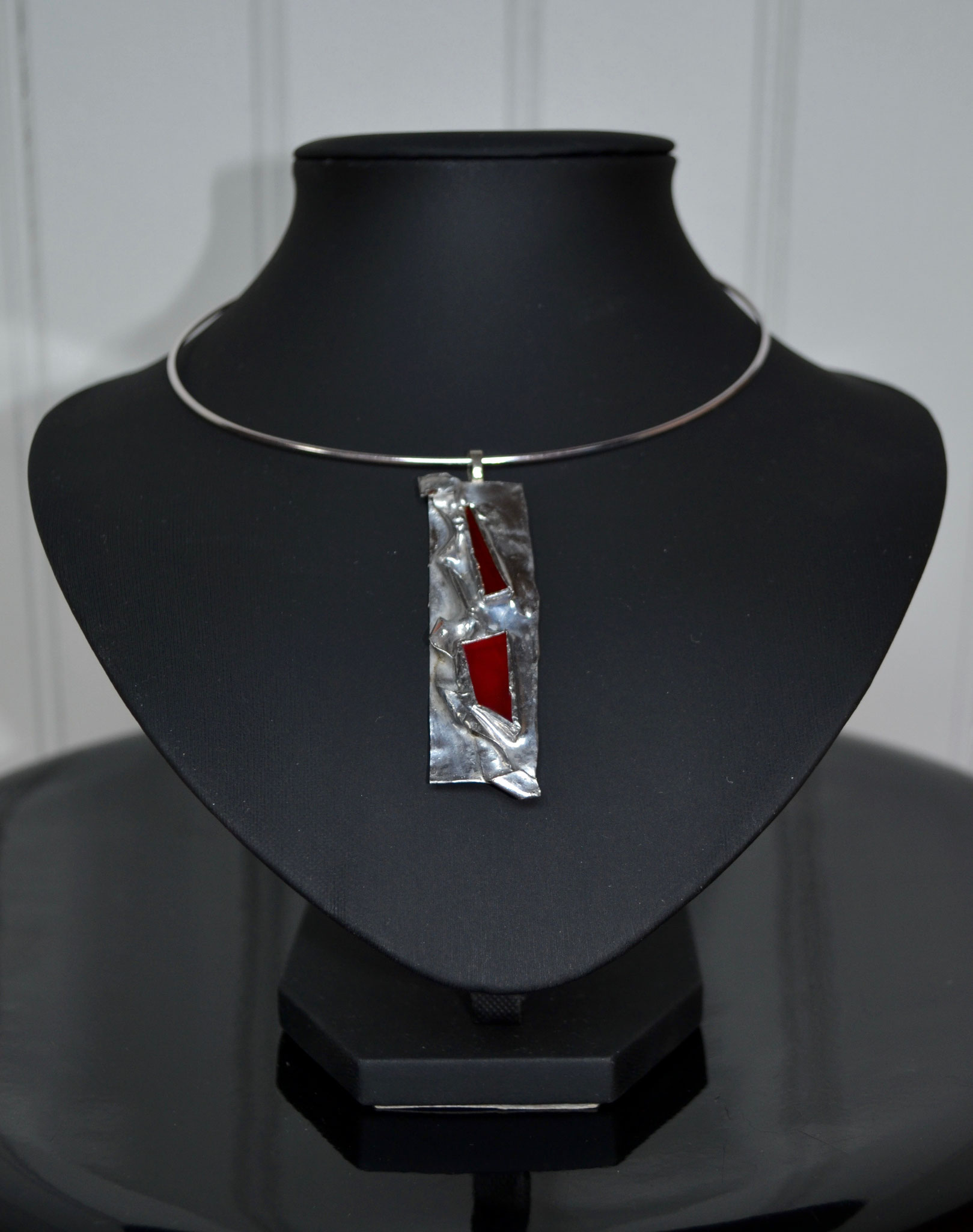 pendentif métal et verre