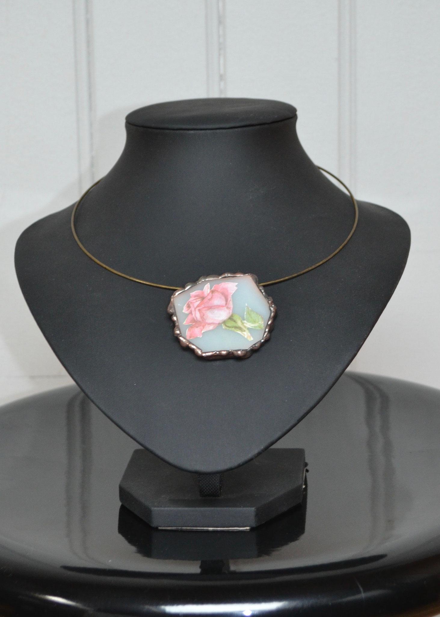 Pendentif Tiffany inclusion image rose (4,5 x 4,5 cm) 19€    Ref: PE5