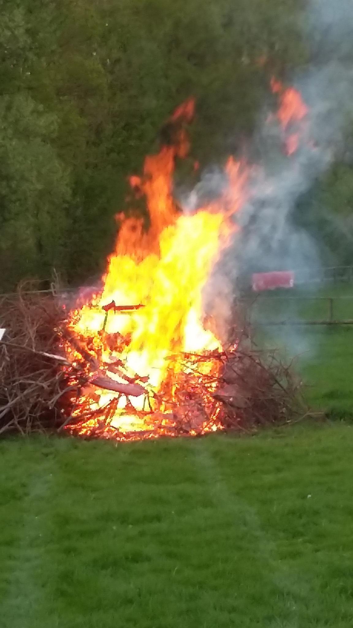 Und wie es brennt...