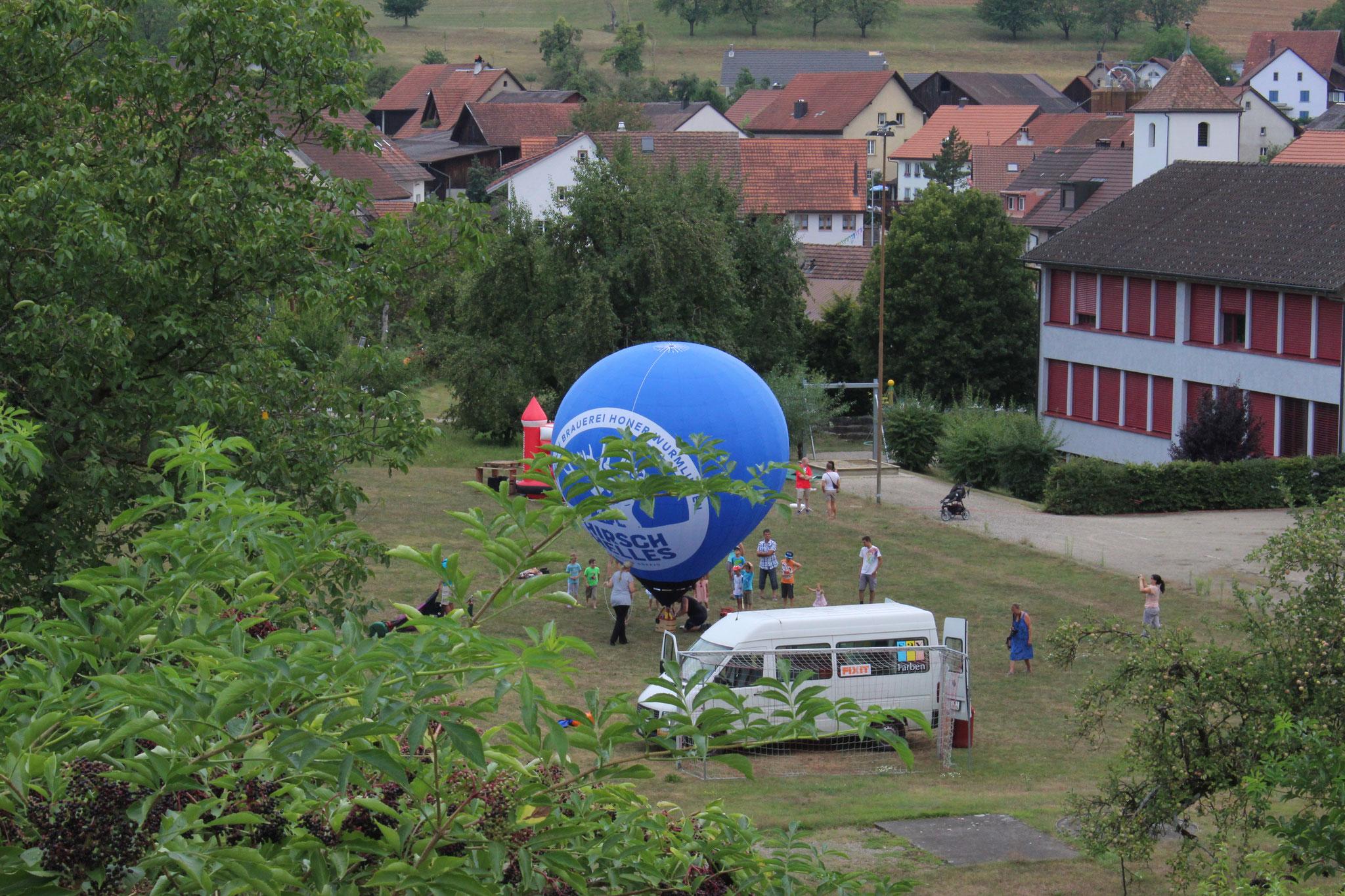 Vorführung Mini-Heissluftballon