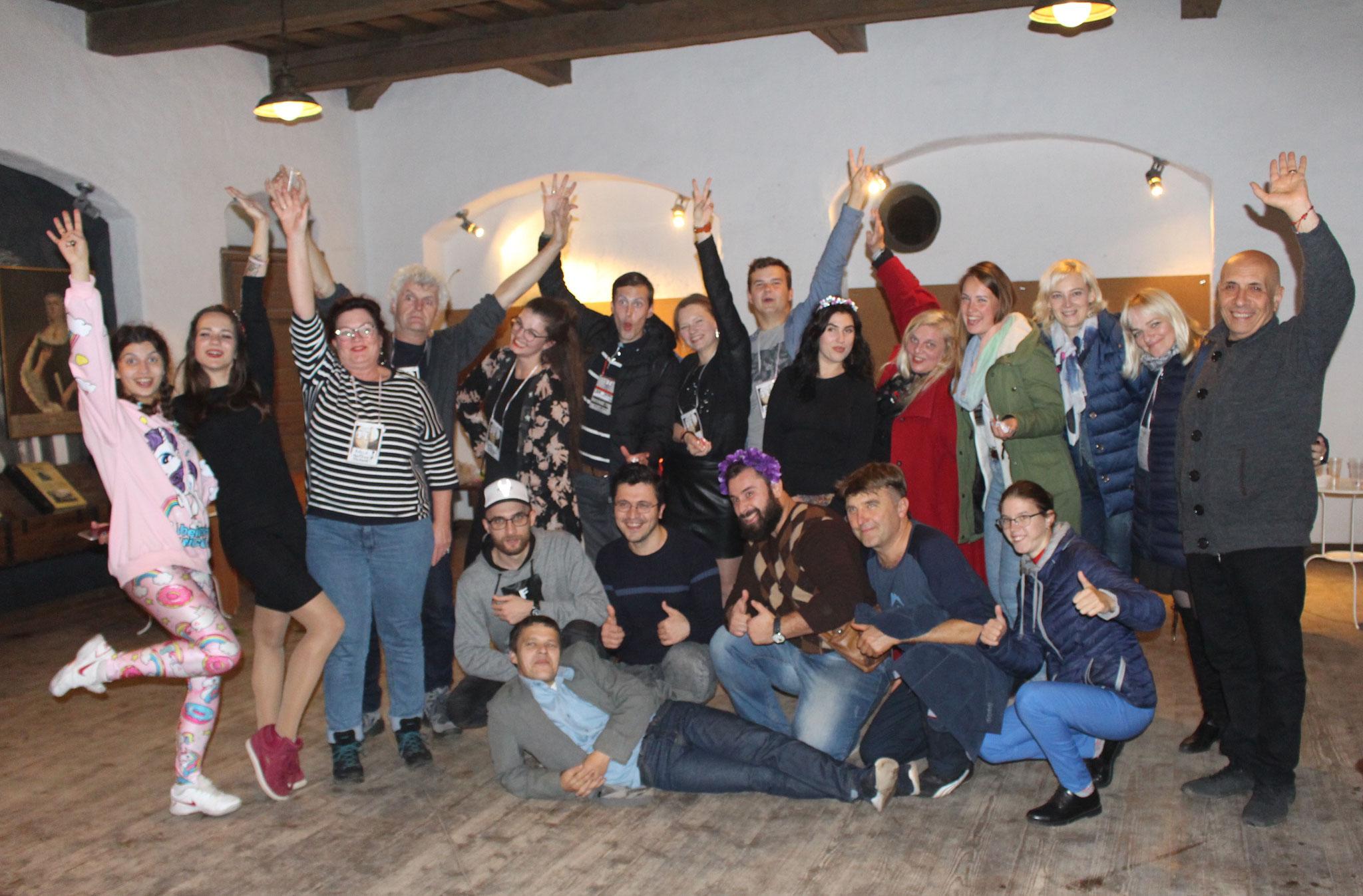 Groep theatermakers, regisseurs & acteurs uit oa Ukraine, Georgië, Litouwen & Letland