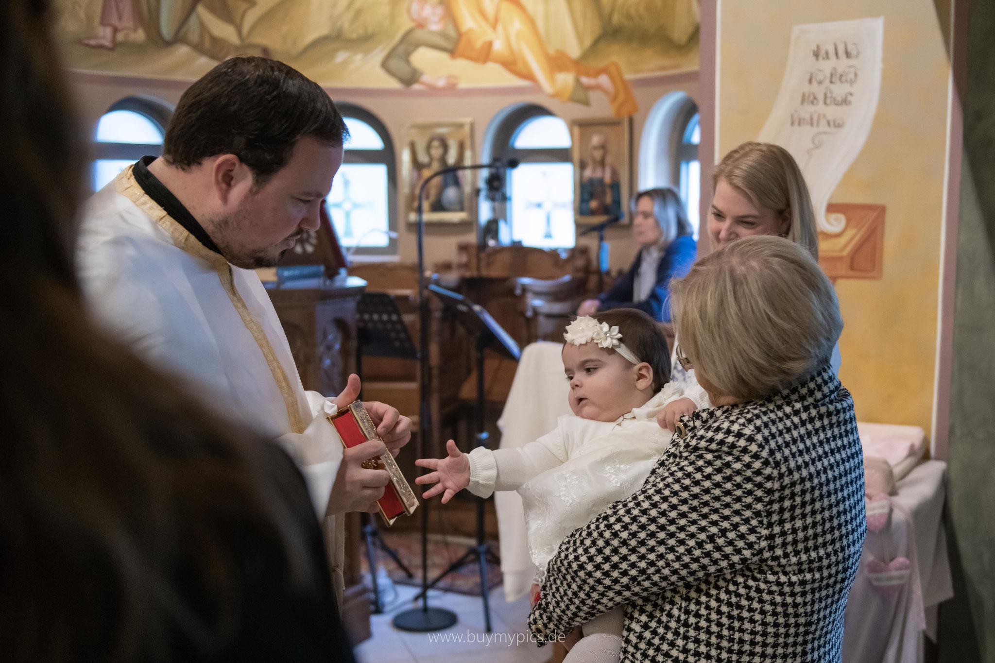 Fotograf zur griechisch orthodoxen Taufe