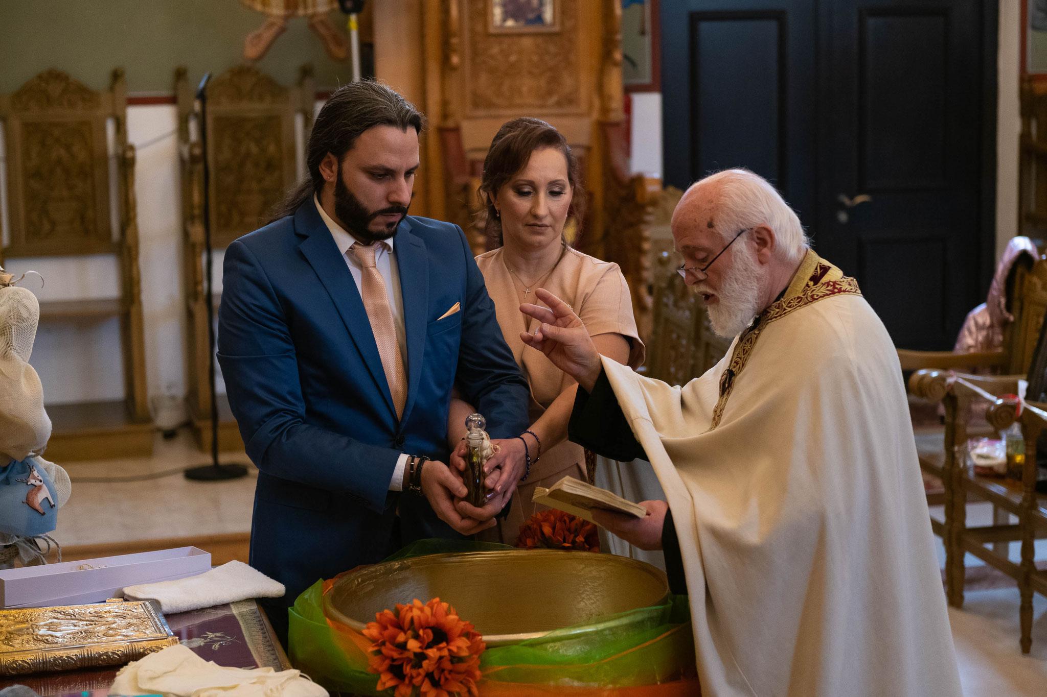 Fotograf und Videograf für griechische orthodoxe Taufe in Wiesbaden