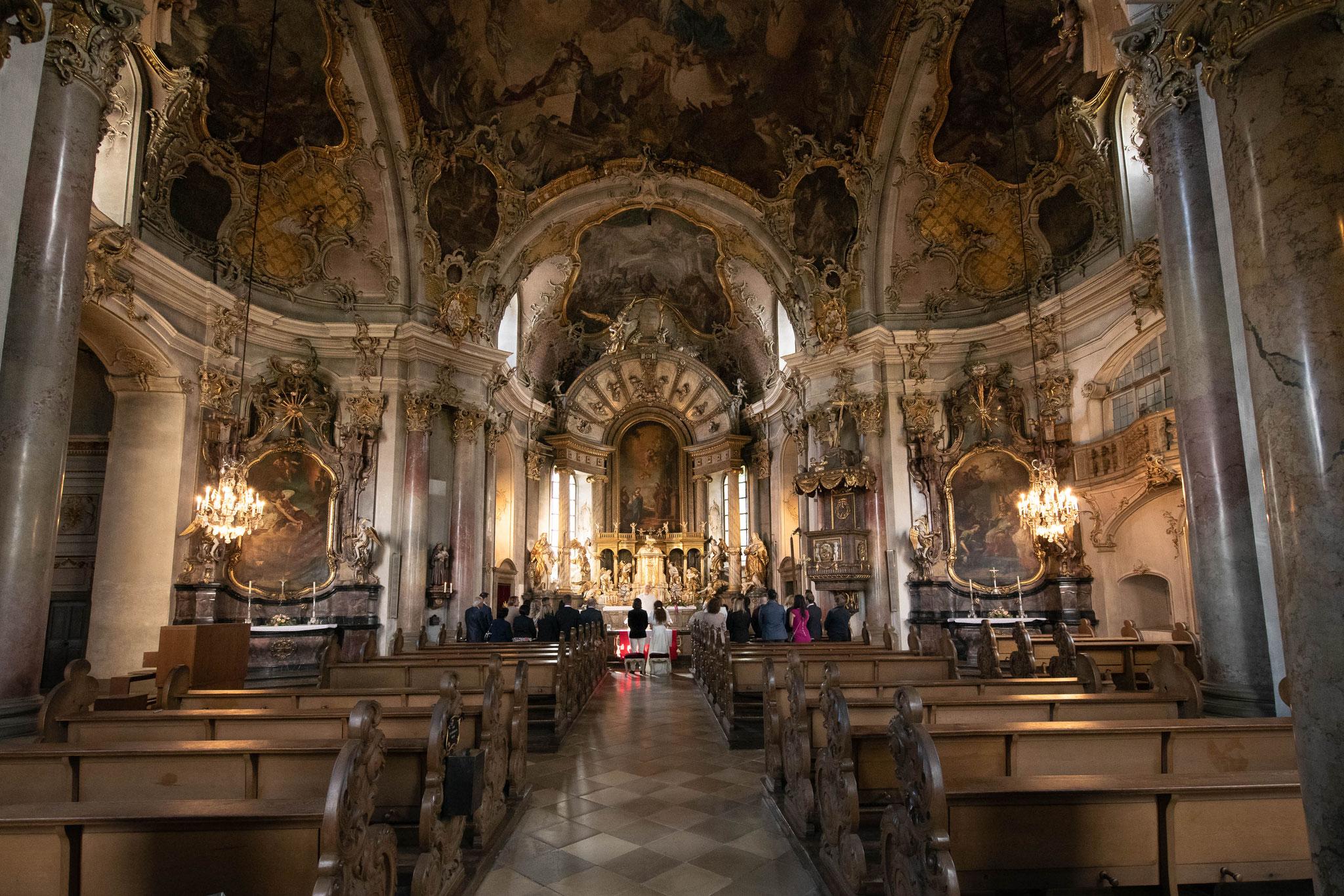Fotograf für die Trauung in der Würzburger Kapelle Wallfahrtskirche