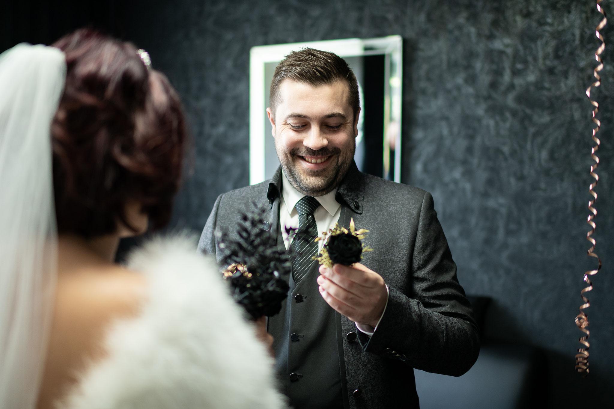 Hochzeit in Düsseldorf - fotografische Begleitung über den ganzen Tag hinaus
