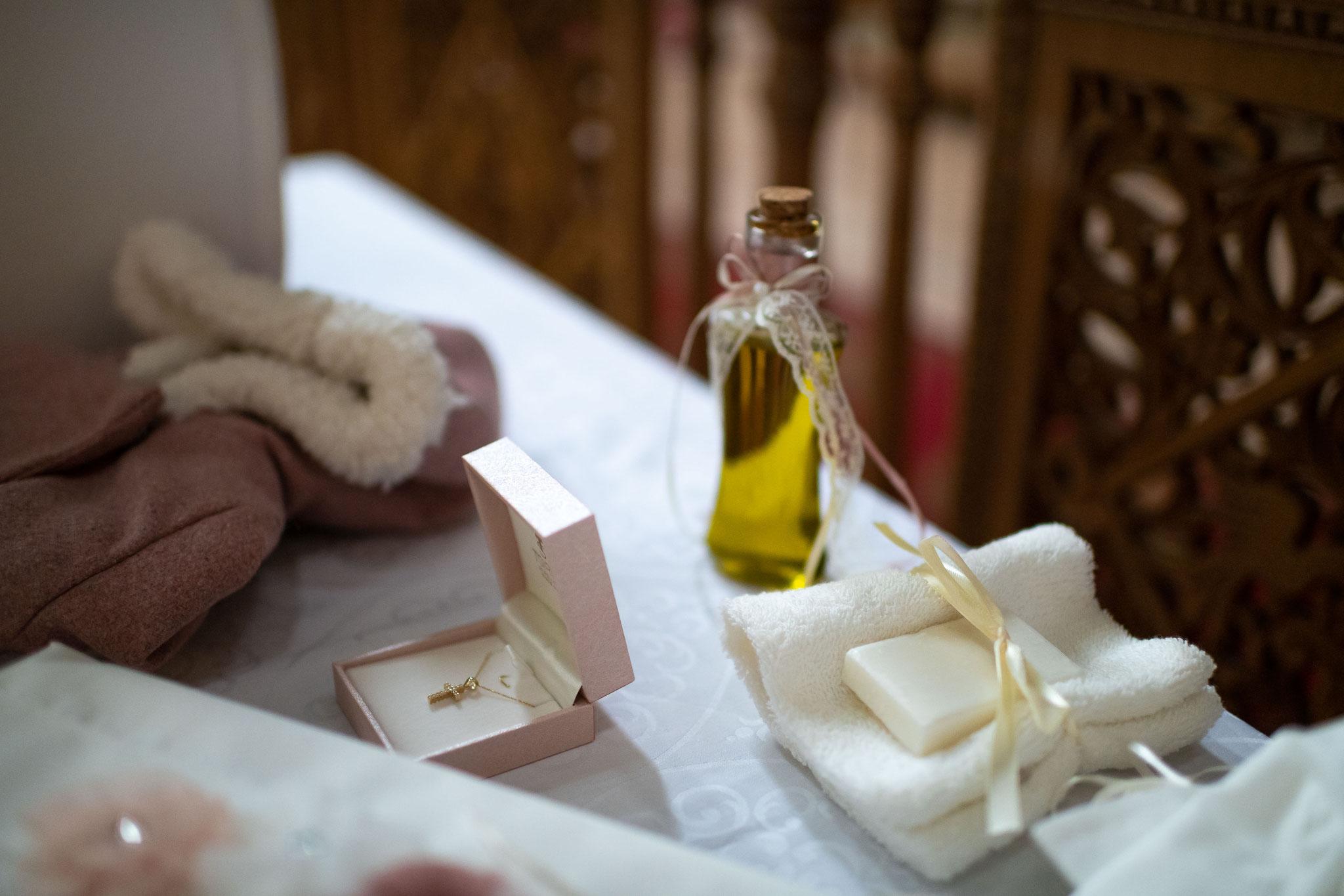 Vorbereitungen zur Taufe in der Griechisch-Orthodoxe Kirchengemeinde Mariä Verkündigung in Ludwigshafen