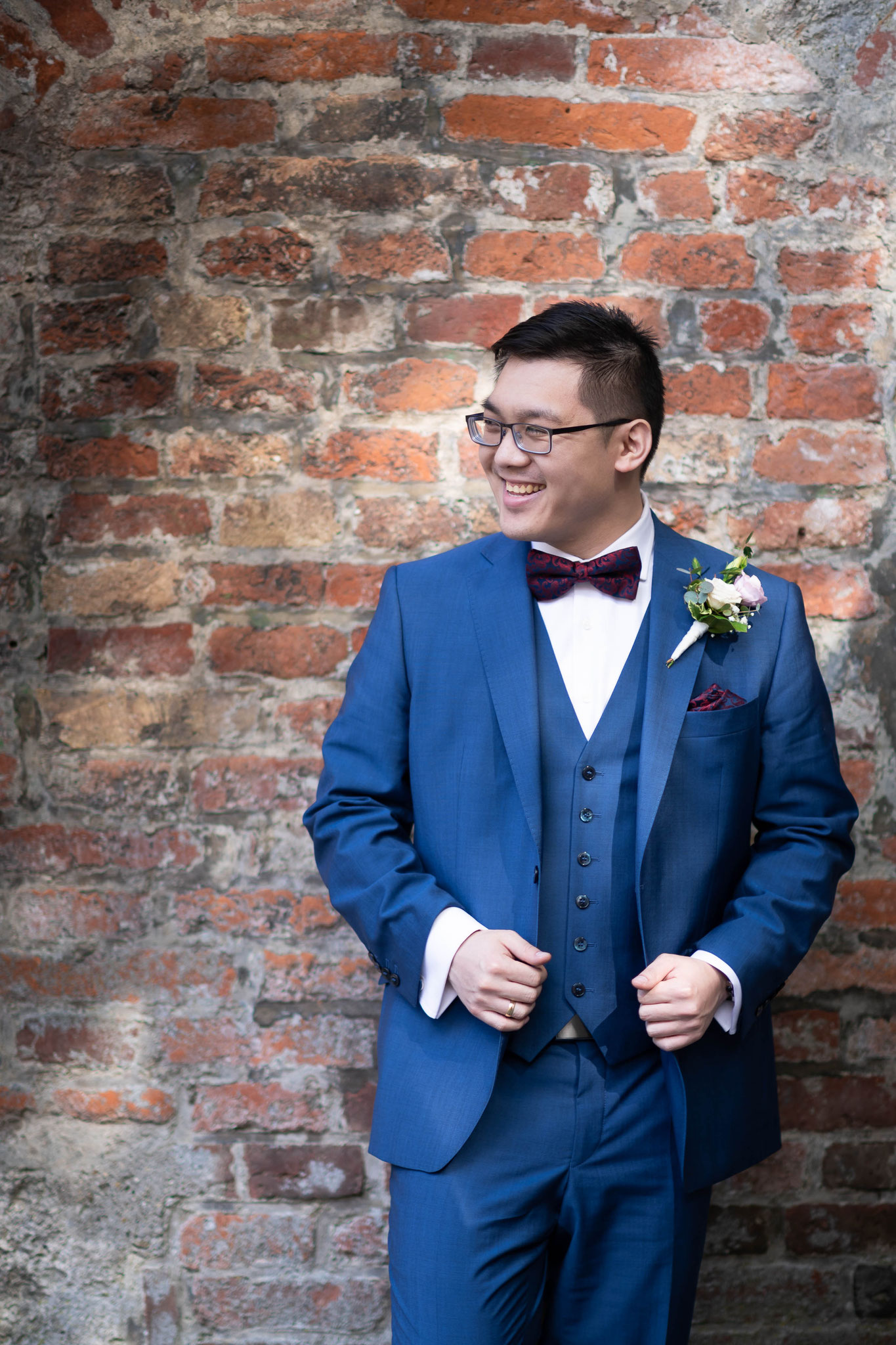 Ihr Hochzeitsfotograf und Hochzeitsfilmer für russische chinesische und internationale Hochzeiten in Memmingen, Bayern, Deutschlandweit und Europaweit