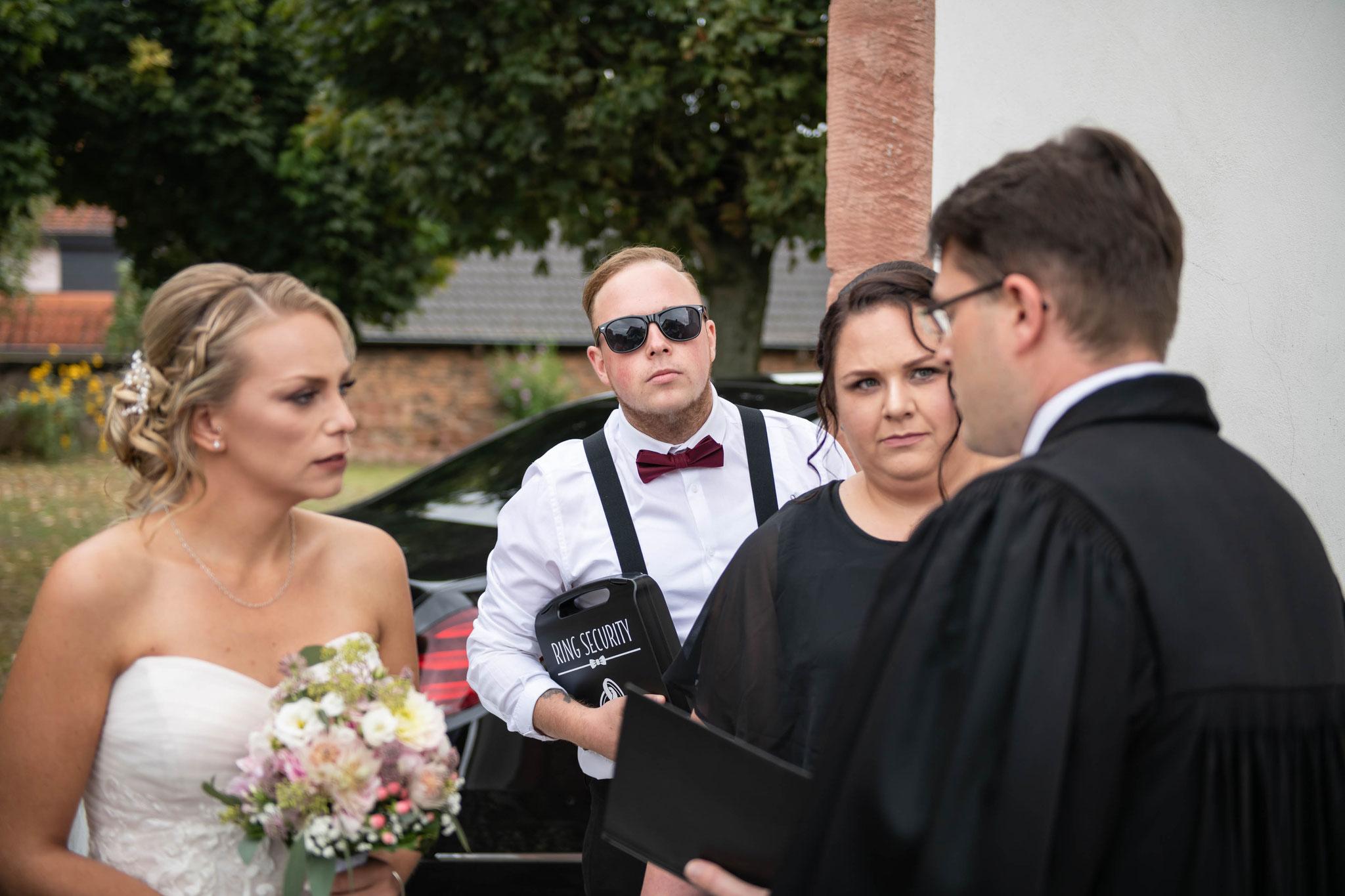 Das Gespräch der Braut mit dem Pfarrer