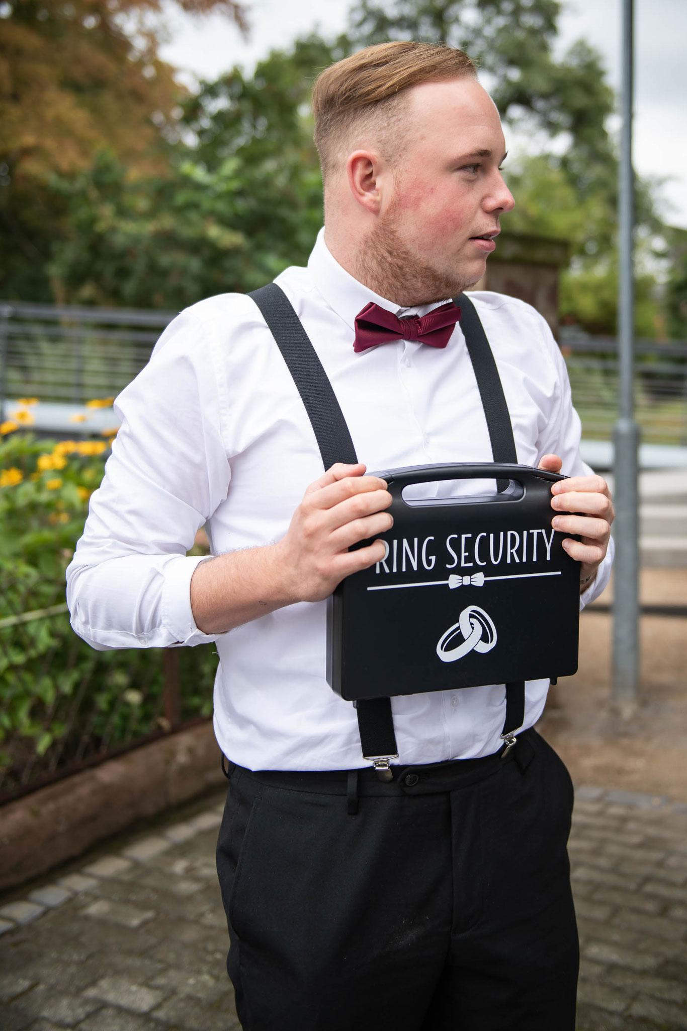 Persönlicher Ring Security zur Hochzeit