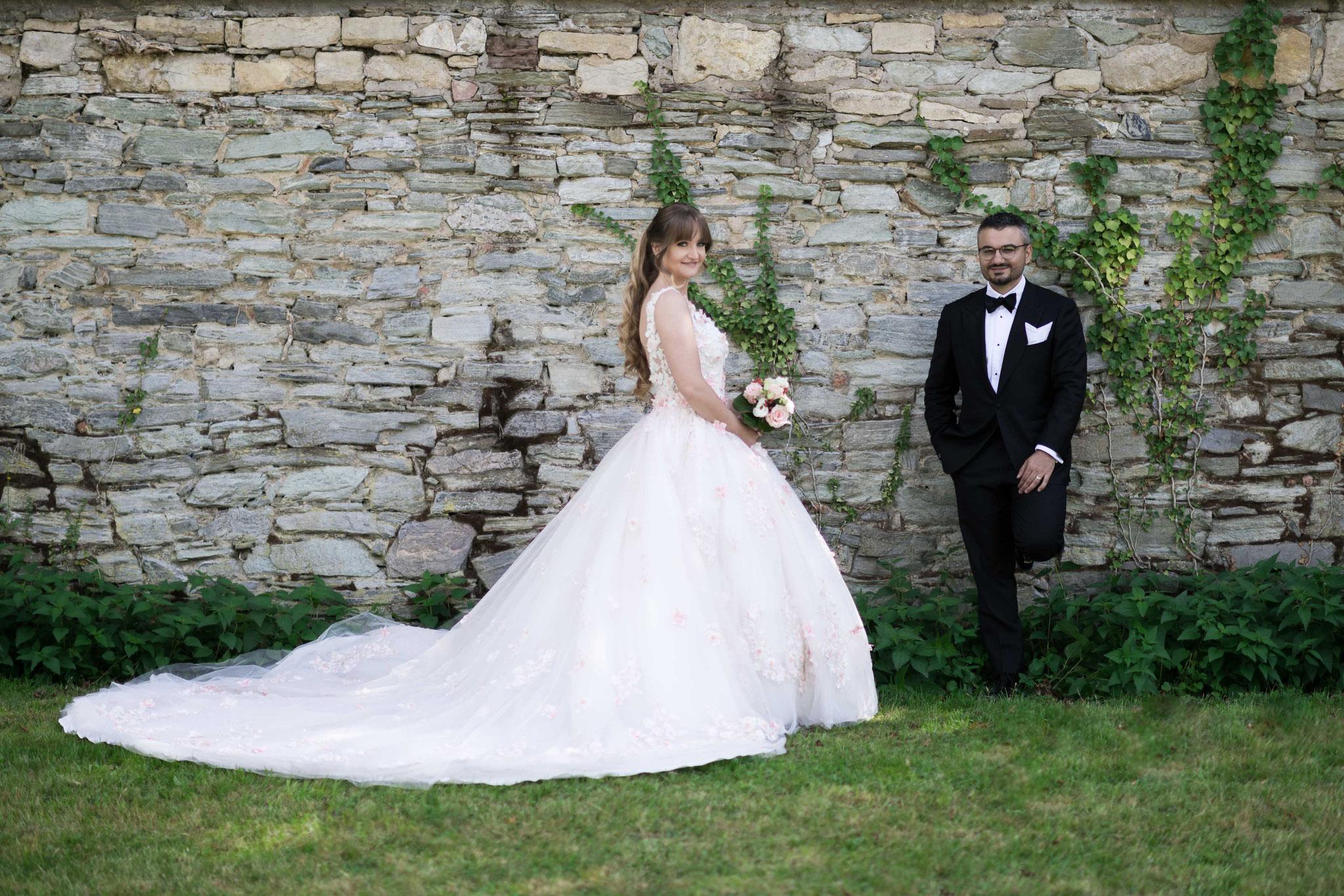 Natürliche Aufnahmen und authentische Farben beim Brautpaar Shooting