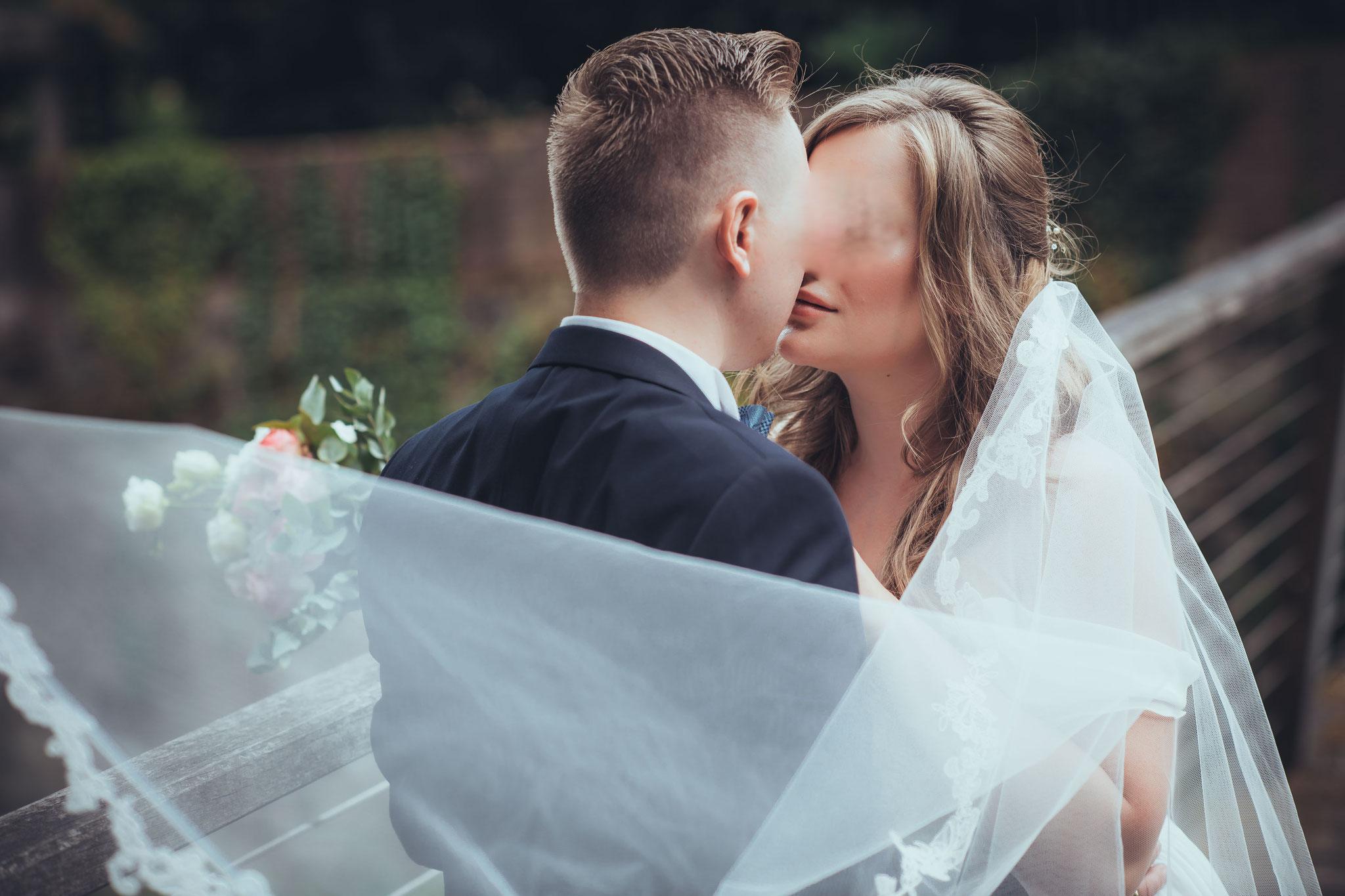 Ihr Hochzeitsfotograf für moderne und unvergessliche Hochzeitsfotos in Neuss