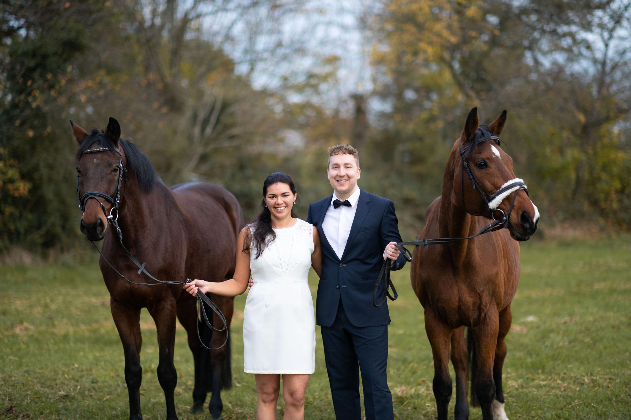 Fotograf für Paarshooting mit Pferden