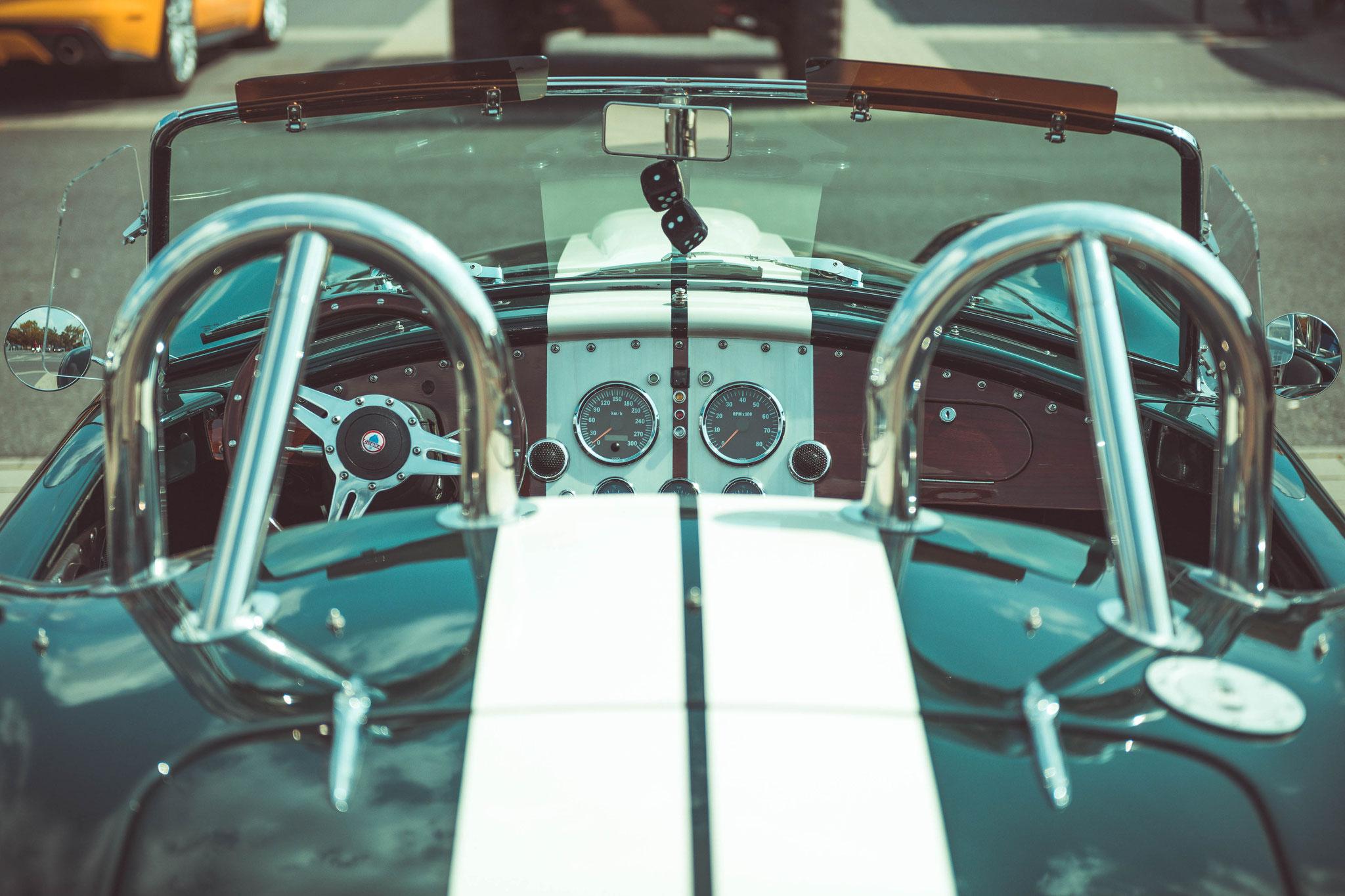 Ford Cobra 427 mit  8 Zylinder V-Motor