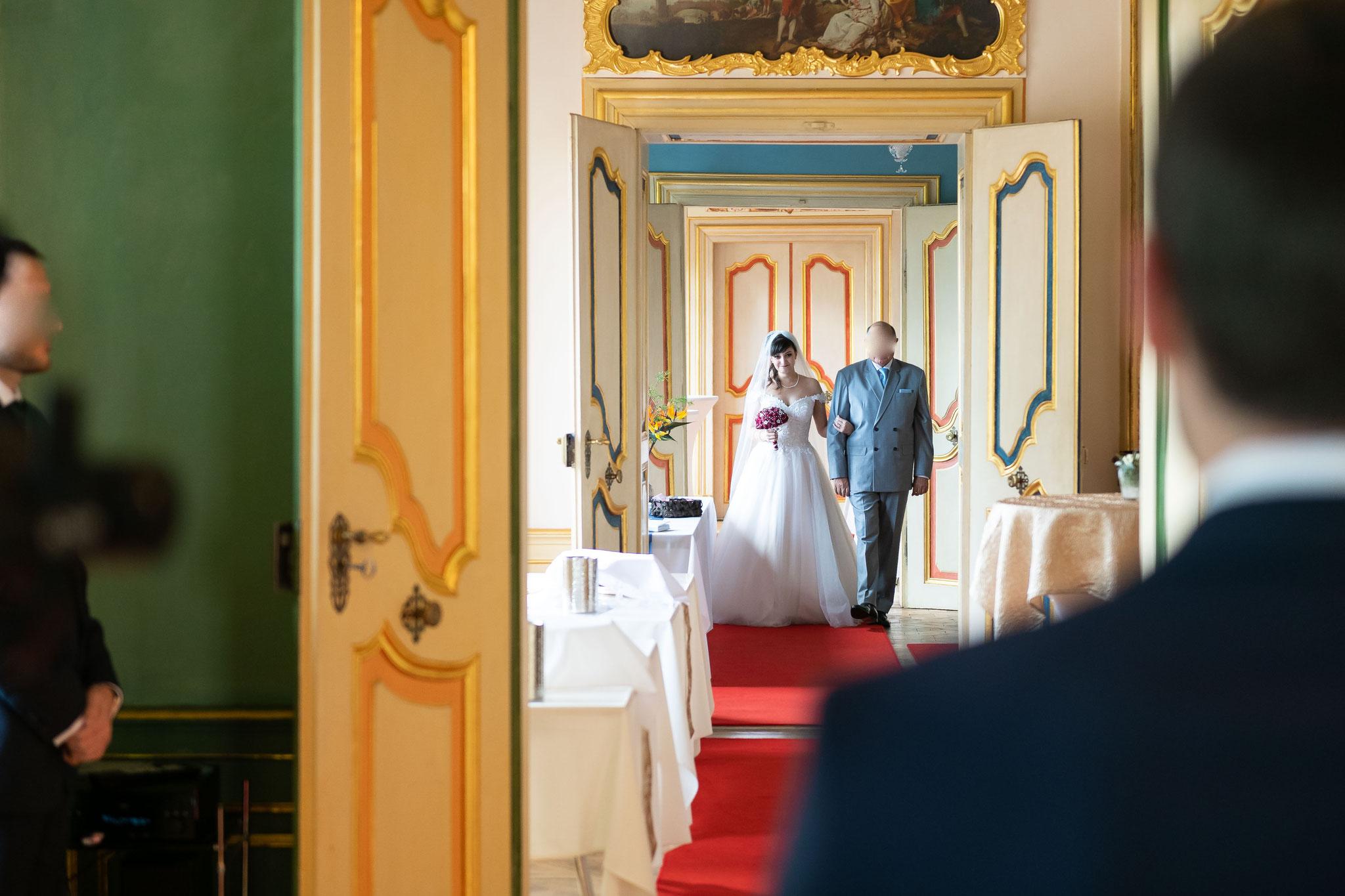 Ihr Hochzeitsfotograf und Videograf für Fotos und Videos im Schloss Braunshardt in Weiterstadt