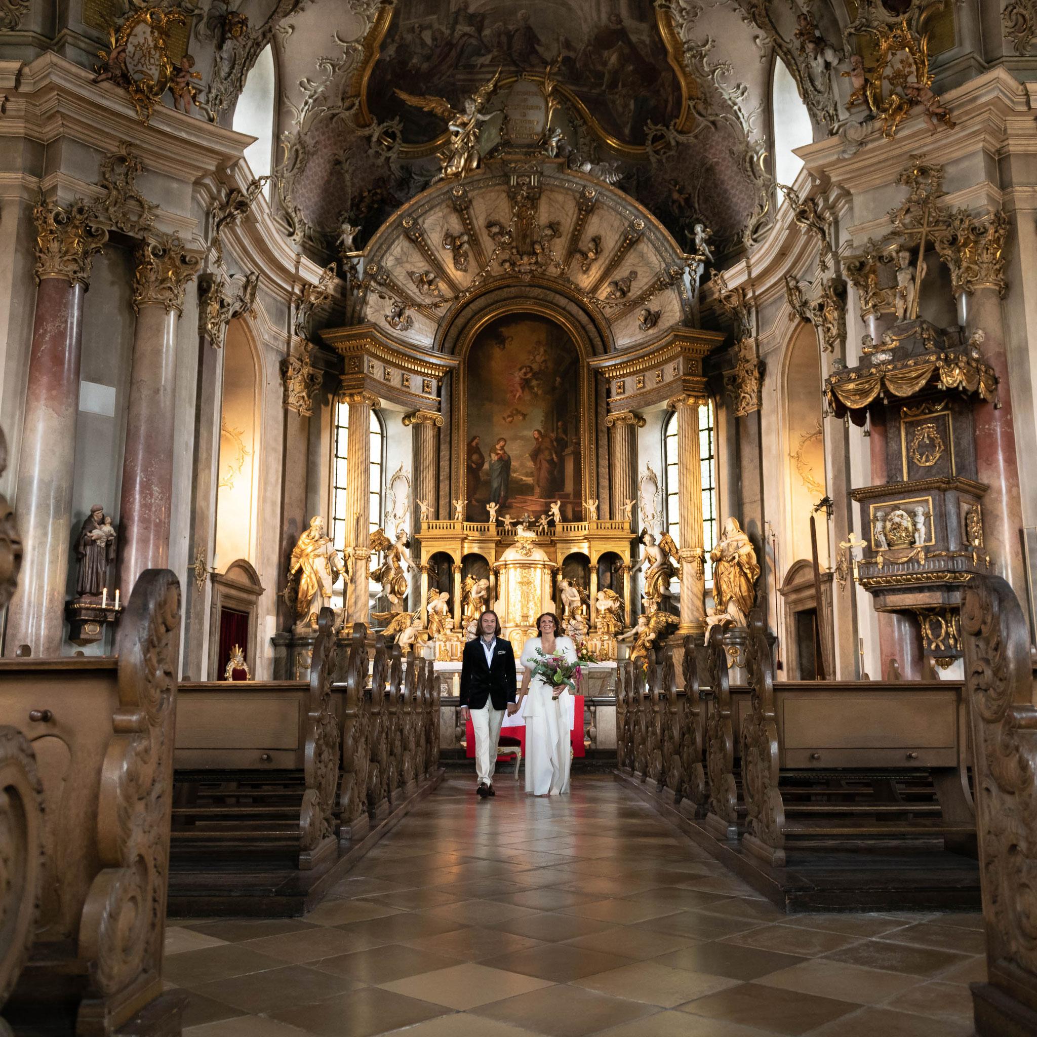 Hochzeitsfotograf für moderne russische Hochzeit in Idstein