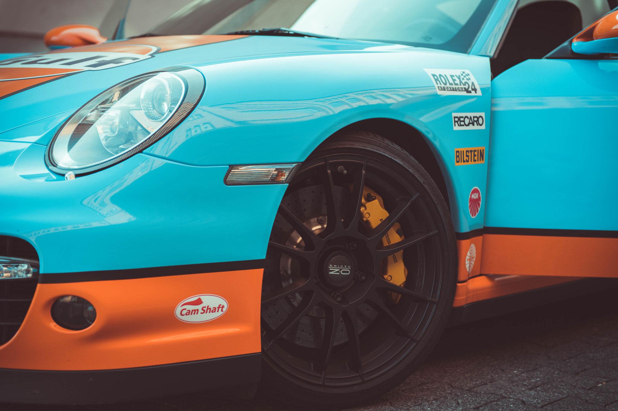 Porsche 997 Turbo mit OZ Superleggera Felgen