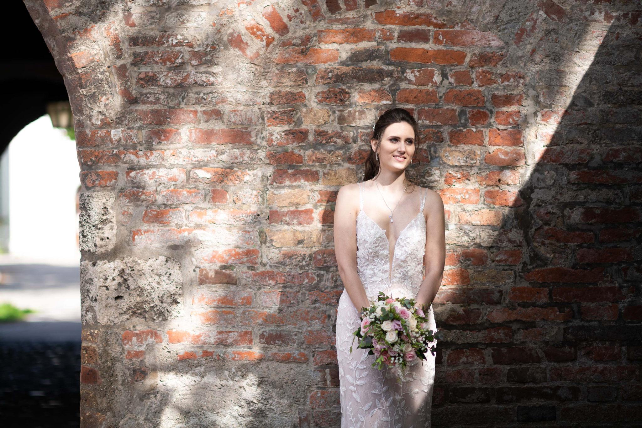 Meine Hochzeit vom professionellen Kamerateam in Memmingen filmen und fotografieren lassen