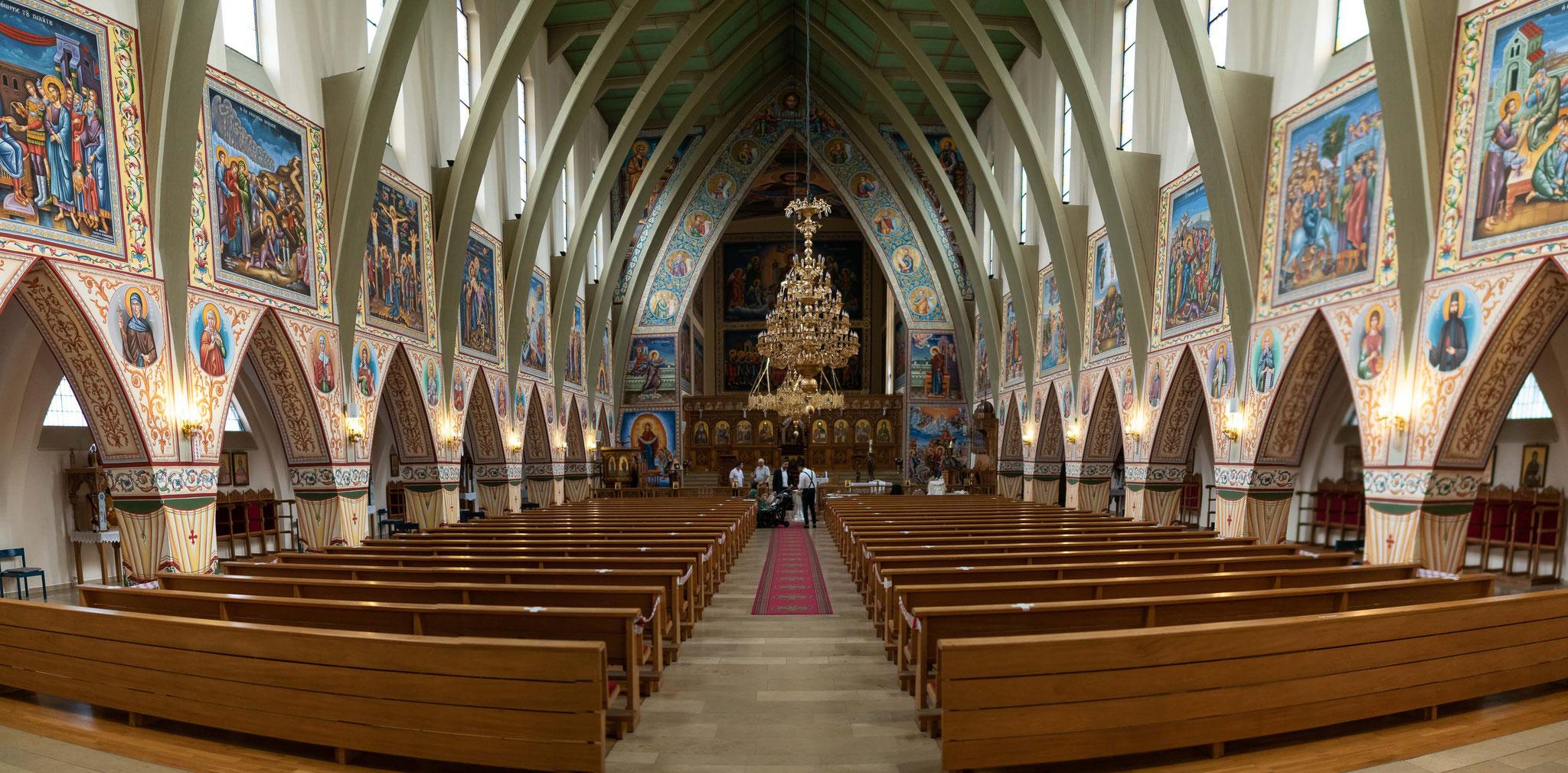 Professionelles Kamerateam für die griechisch orthodoxe Taufe Ihres Kindes oder Nächsten
