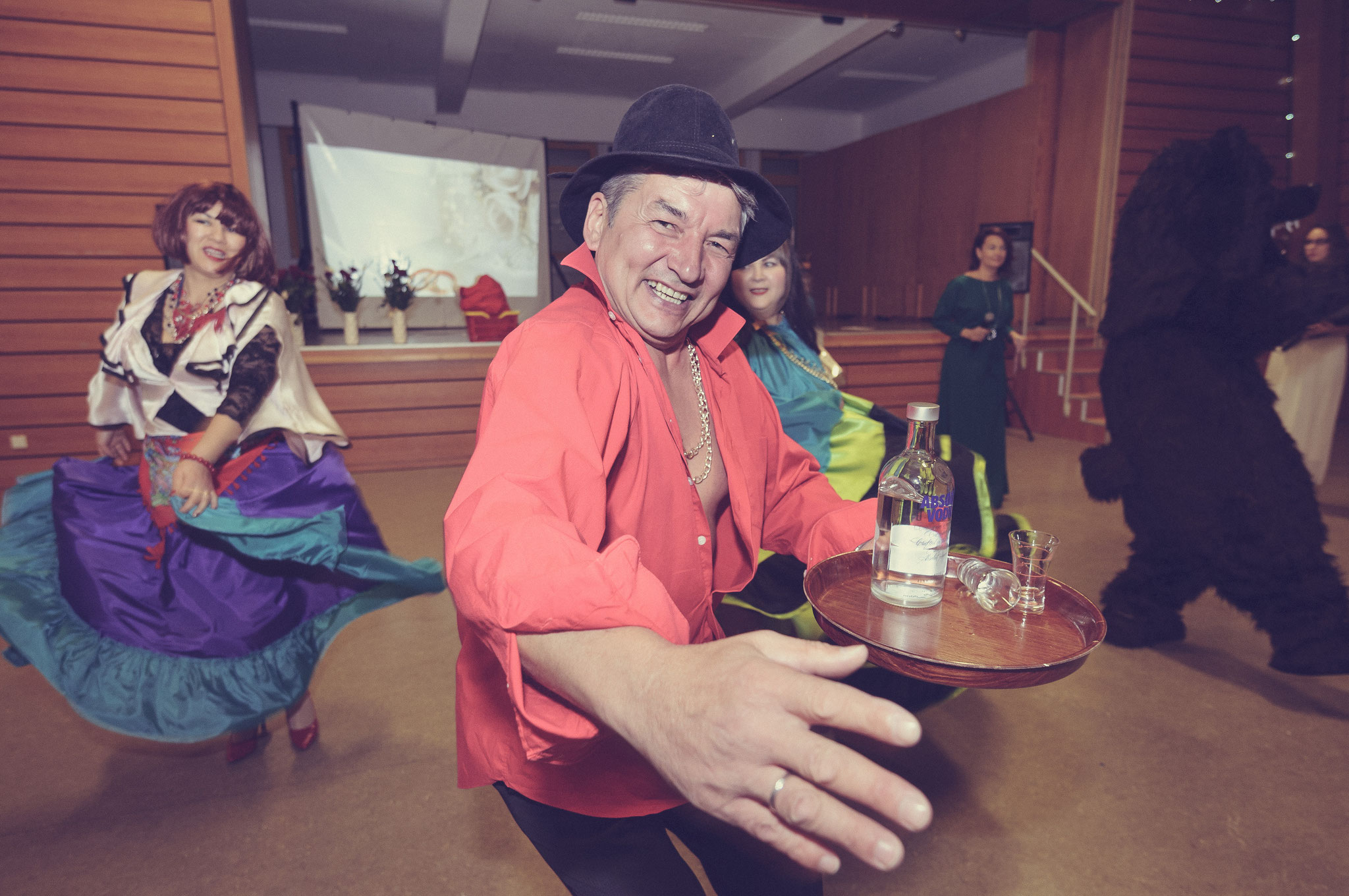 Hochzeitsfeier ganz auf Russisch mit viel Liebe zu den Gästen