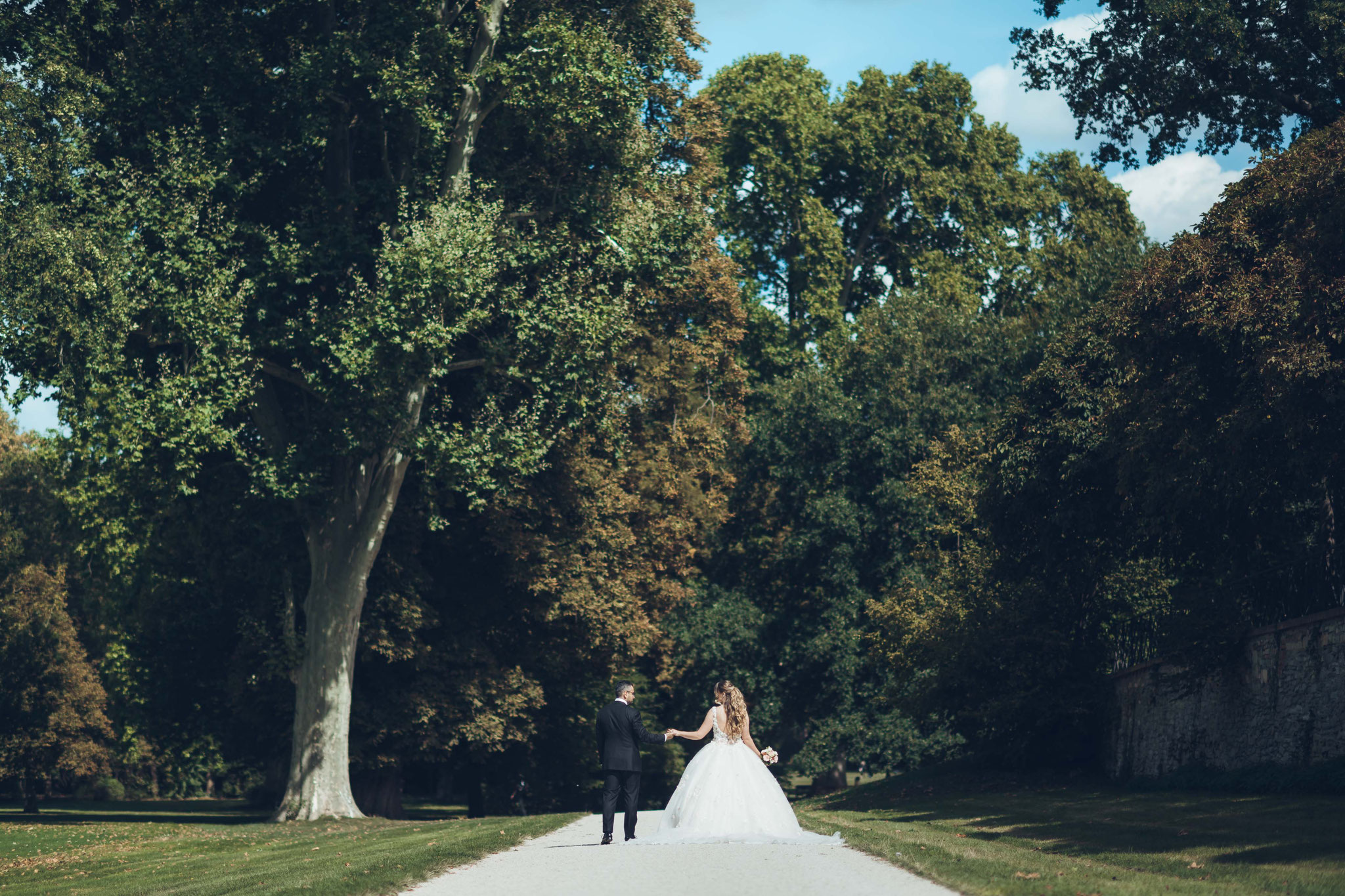 Hochzeitsaufnahmen in Wiesbaden im Schlosspark Biebrich