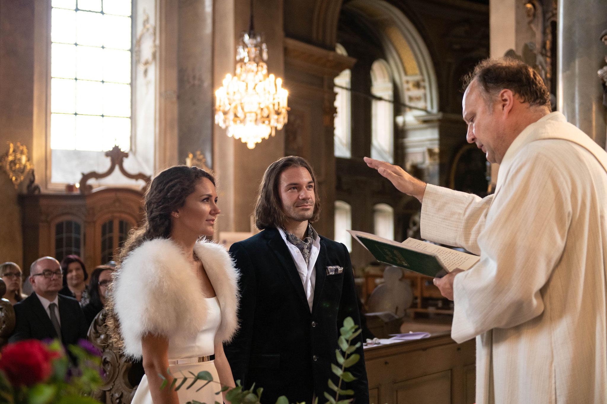 Professionelles Hochzeitsvideo inklusive Musiktrailer in Würzburg und Deutschlandweit