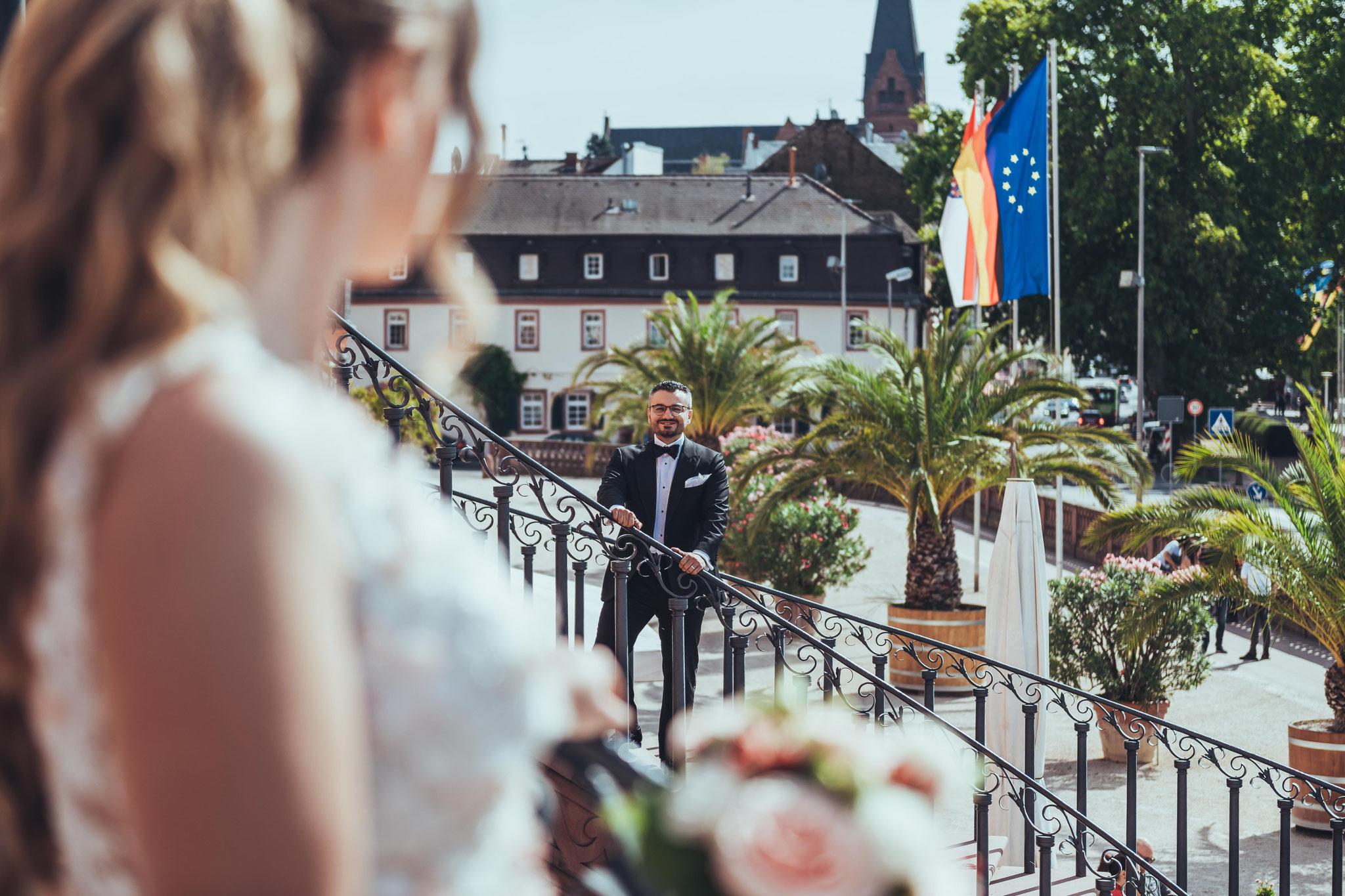 Romantische Aufnahmen von Brautpaaren