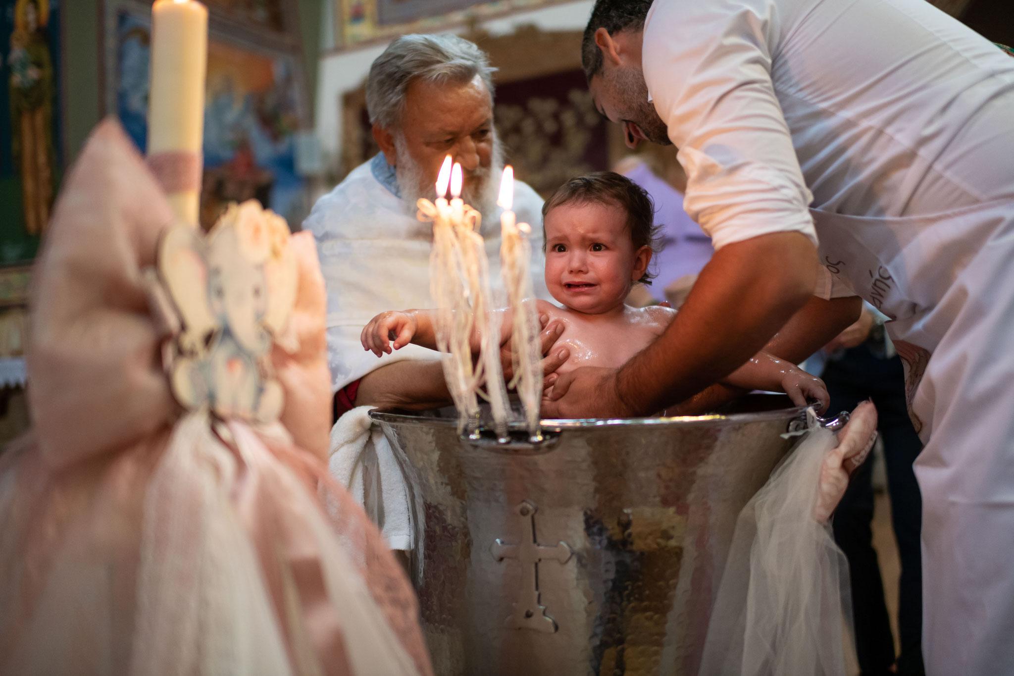 Professionelles Kamerateam für wunderschöne Aufnahmen der Taufe Ihres Kindes