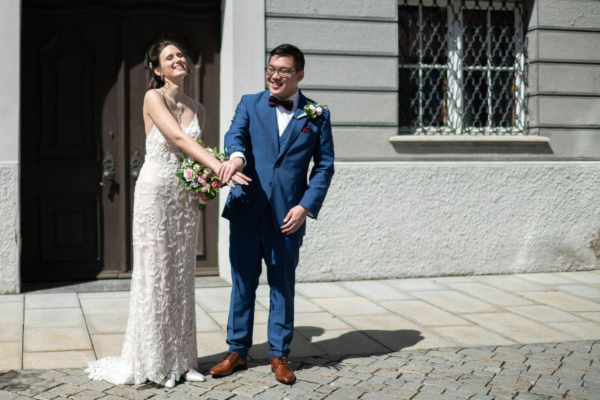 Professioneller Hochzeitsfotograf und Filmemacher für meine Hochzeit in Memmingen und Bayern