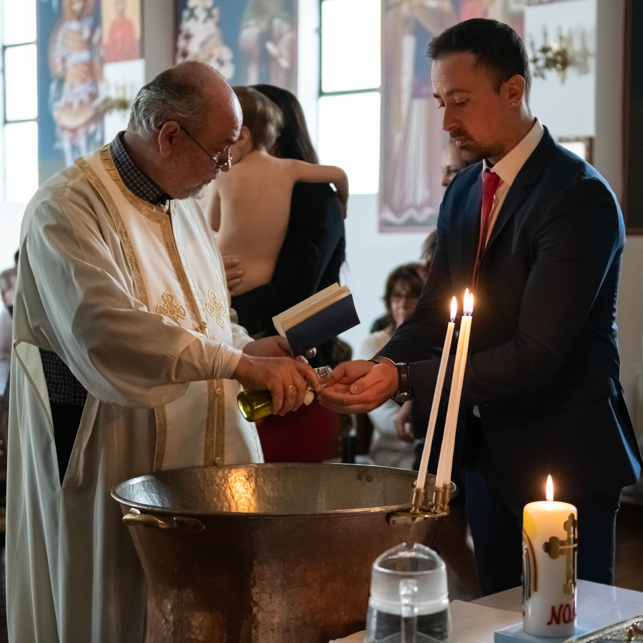 Professioneller Fotograf für Taufe in Wiesbaden