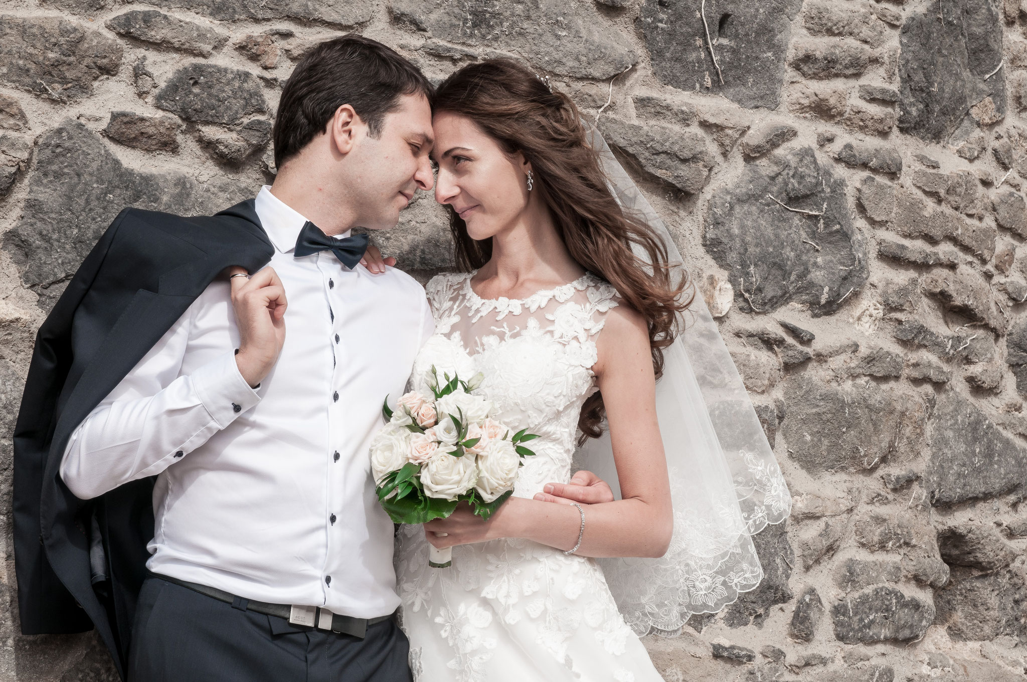 Modernes Brautpaar-Shooting