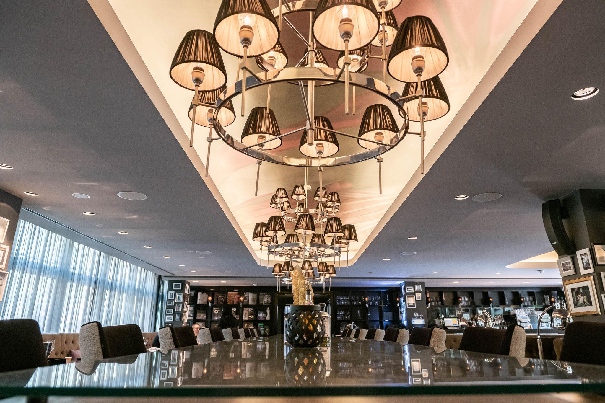 Interior des Restaurants im Roomers Hotel Frankfurt
