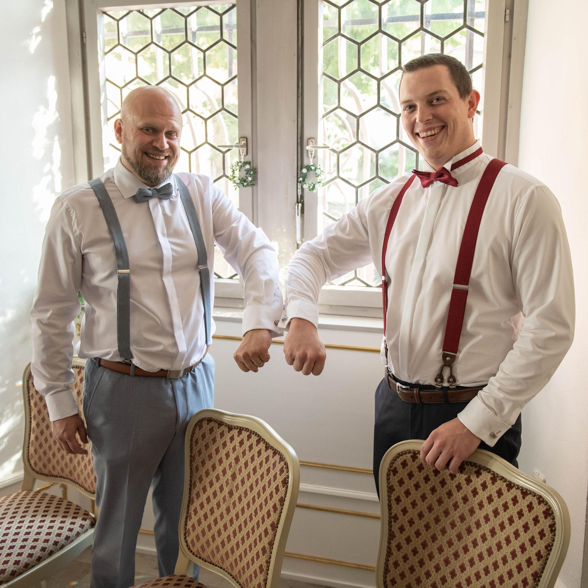 Bräutigam und der Trauzeuge