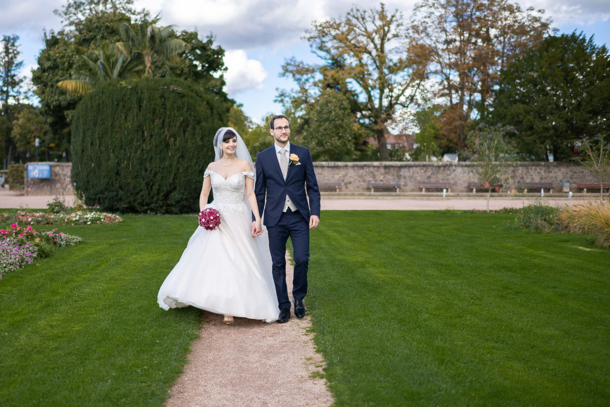 Foto- und Video-Aufnahmen beim Brautpaarshooting in der Orangerie in Darmstadt