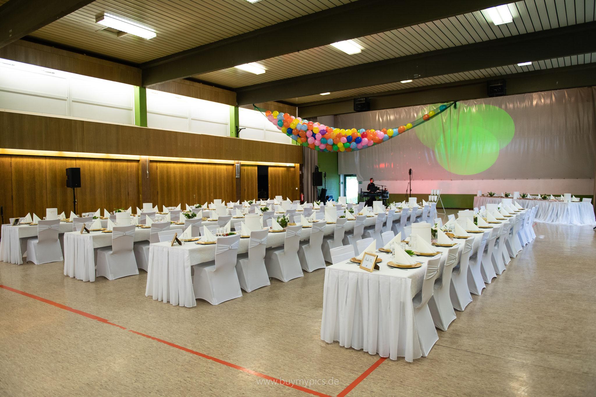 Ulmtalhalle in Greifenstein vor der Jubiläumsfeier