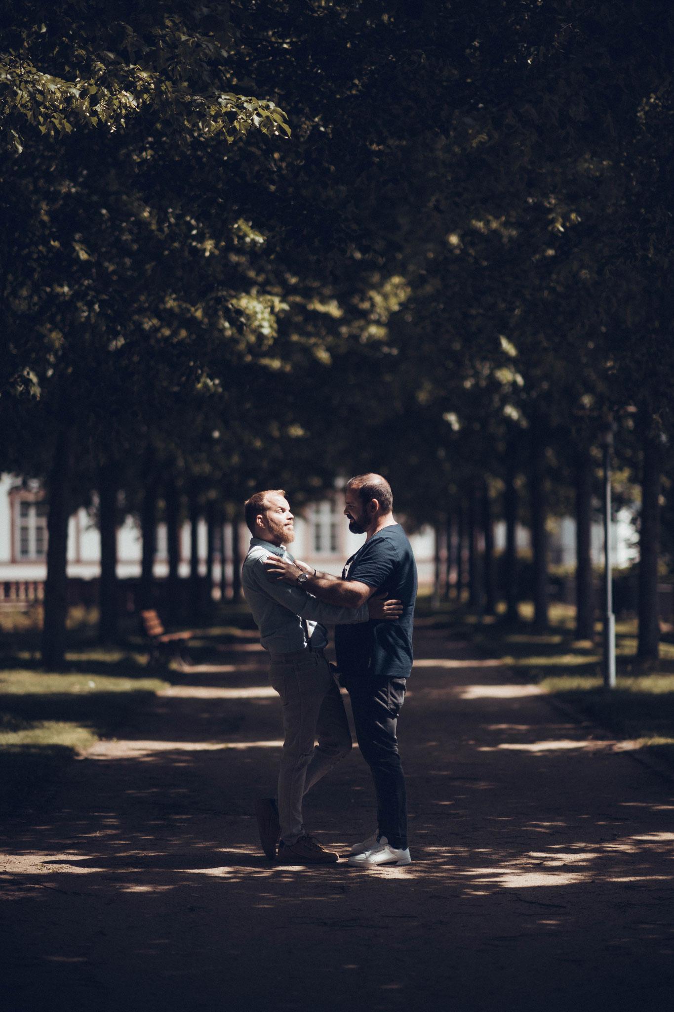Fotograf für Paaraufnahmen vor der Hochzeit zum Kennenlernen
