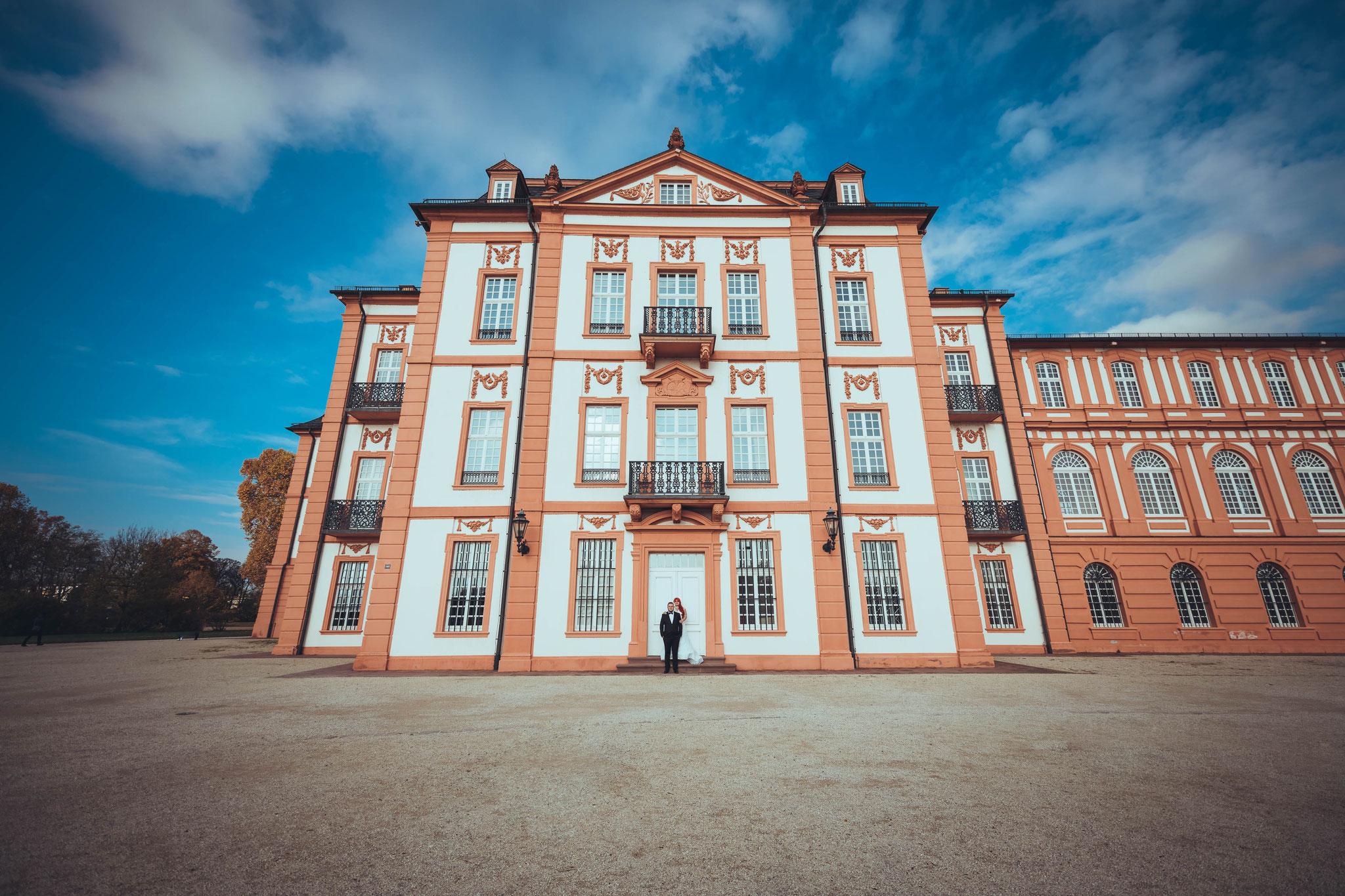 Professioneller Fotograf für Brautpaar Shooting in Wiesbaden und Rhein-Main-Gebiet