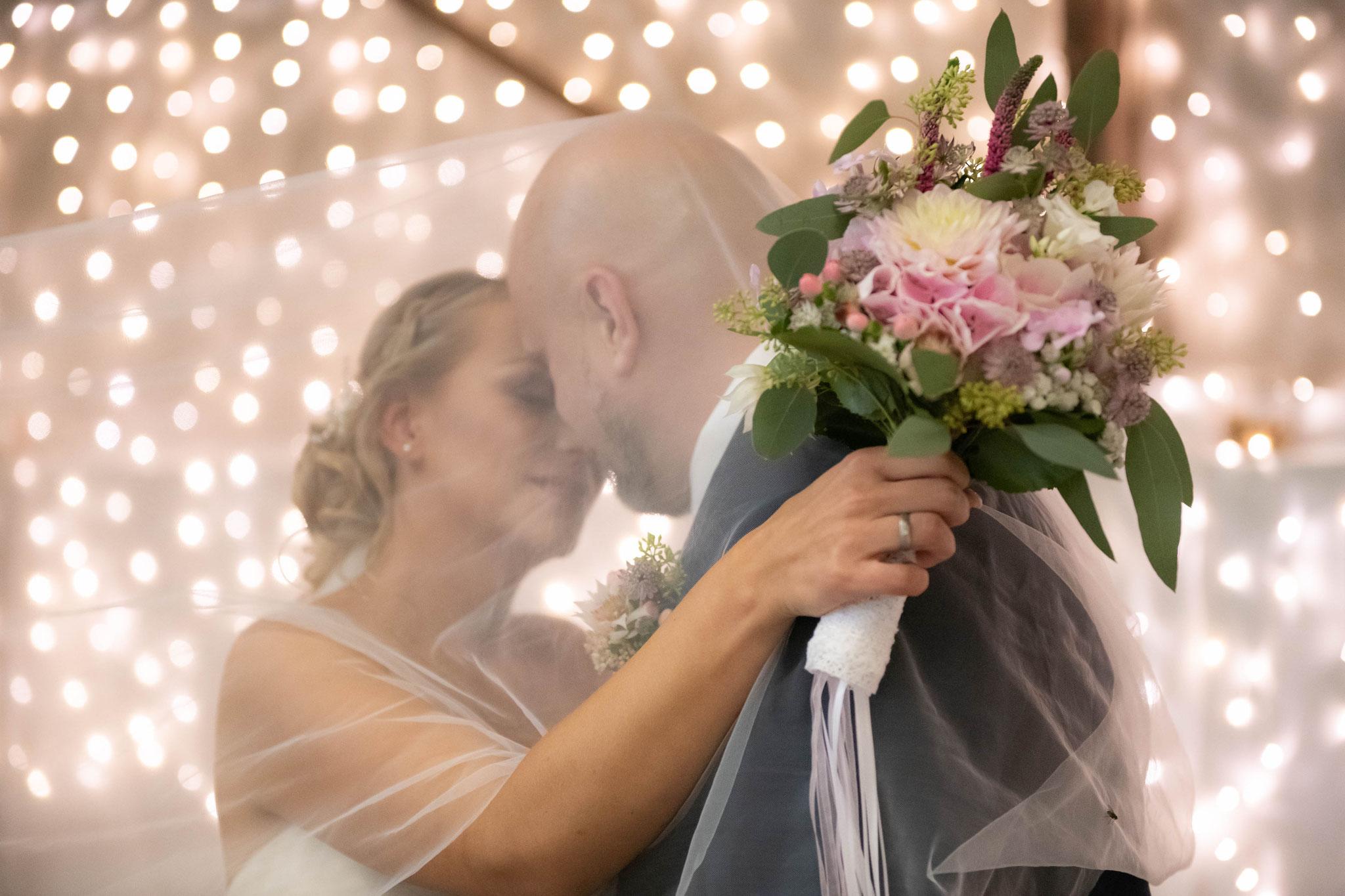 Fotograf für authentische und lebendige Hochzeitsfotos