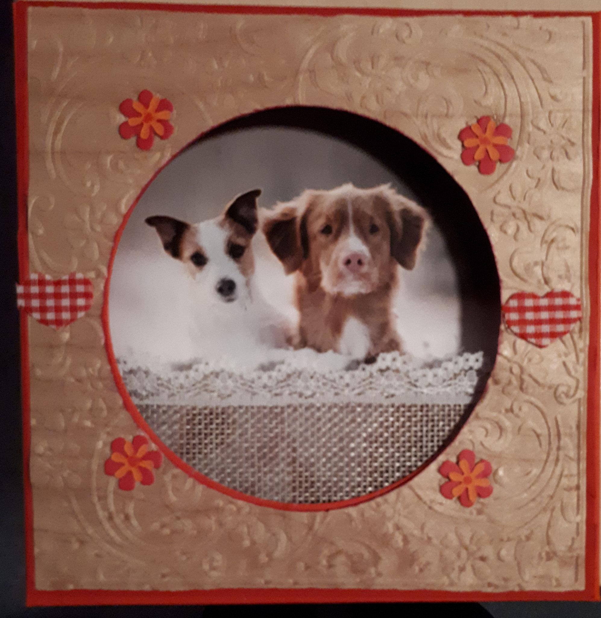 verkauftFür Hundeliebhaber Bilderrahmen zum Hinstellen  mit geprägtem Holz