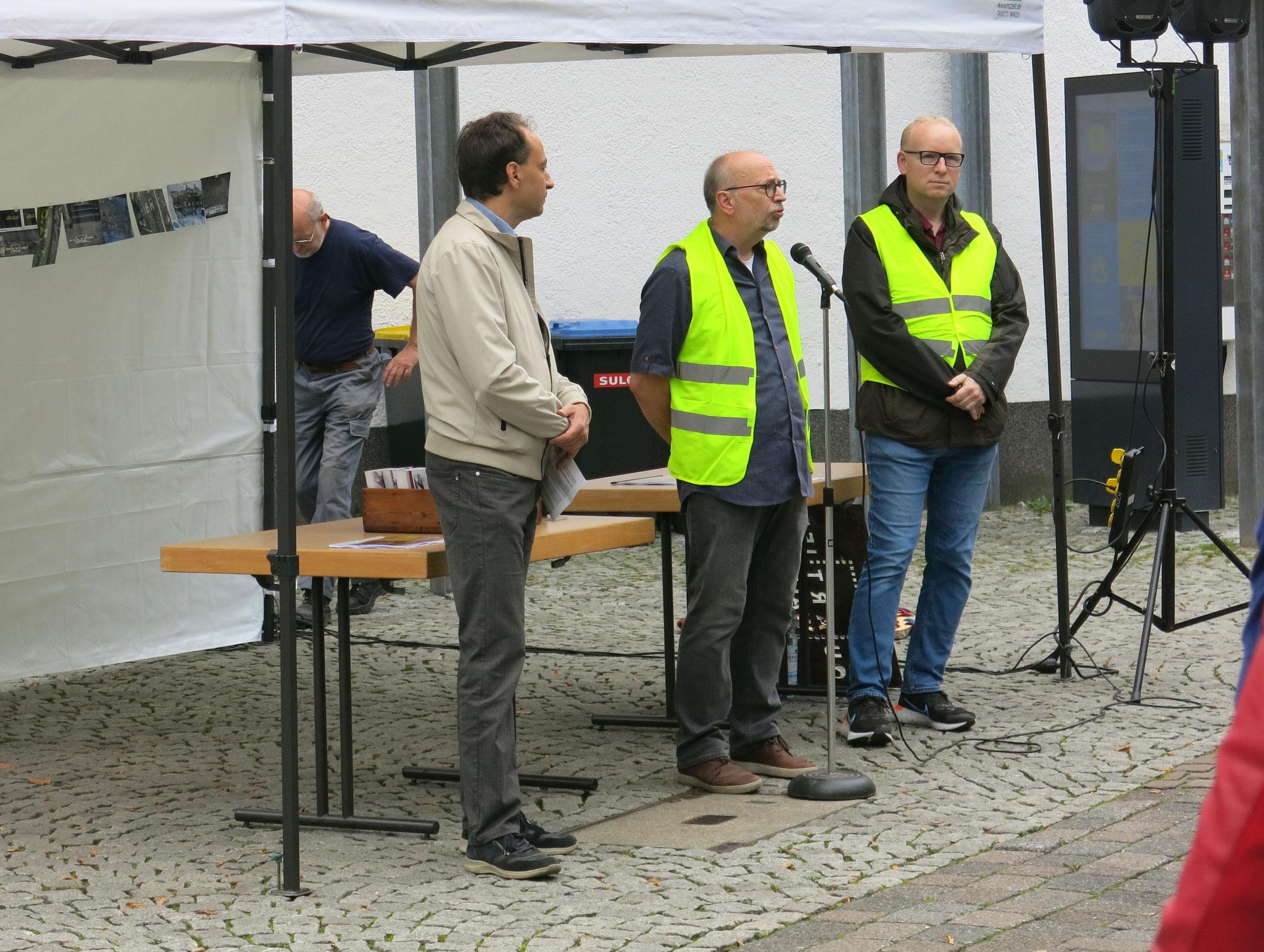 Begrüßung durch Rainer Francke (Walder Werbering )