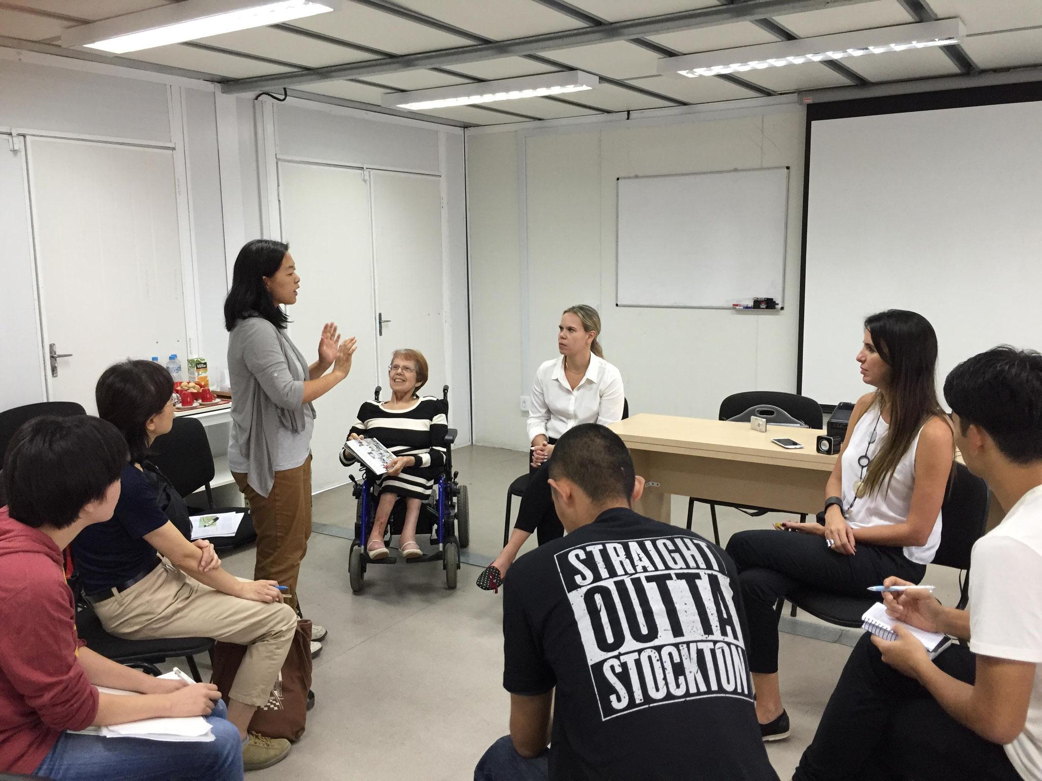 リオデジャネイロ障害者自立生活センター(CVI-RIO) スタッフの皆さんと意見交換