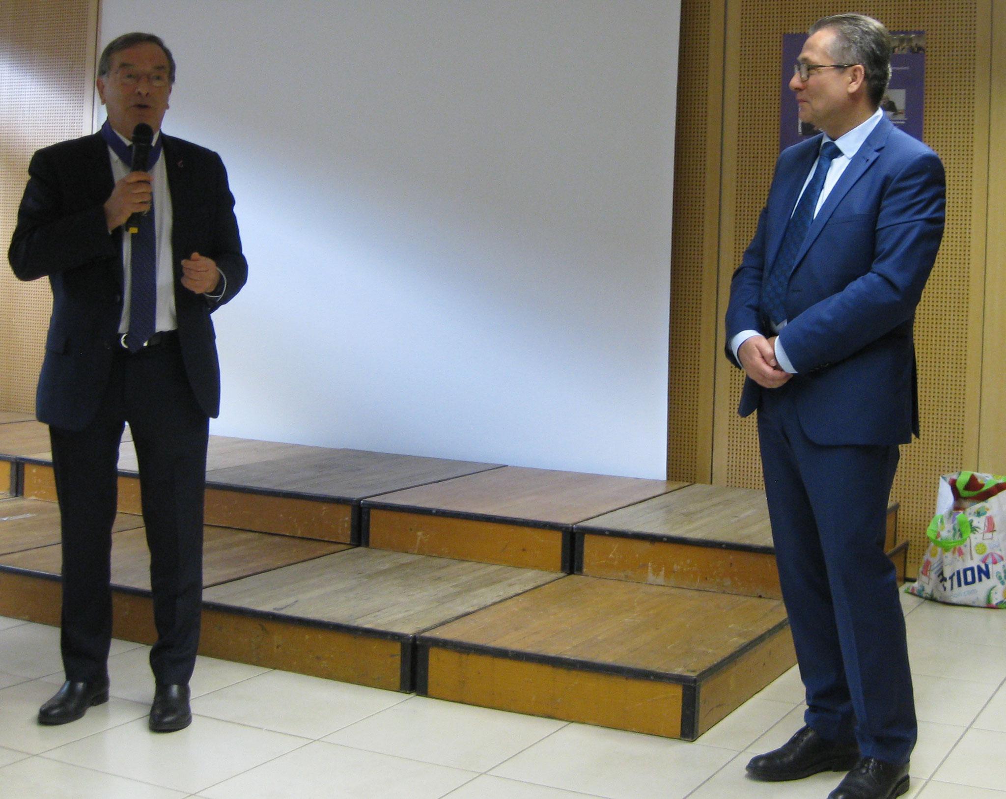 En présence de M. Polvent Président national de l'AMOPA.