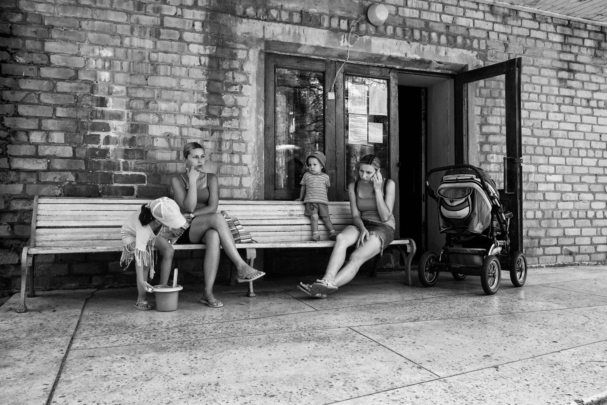 Collective house fpr IDPs, former Sanatory, Slovjansk/East Ukraine, 2016
