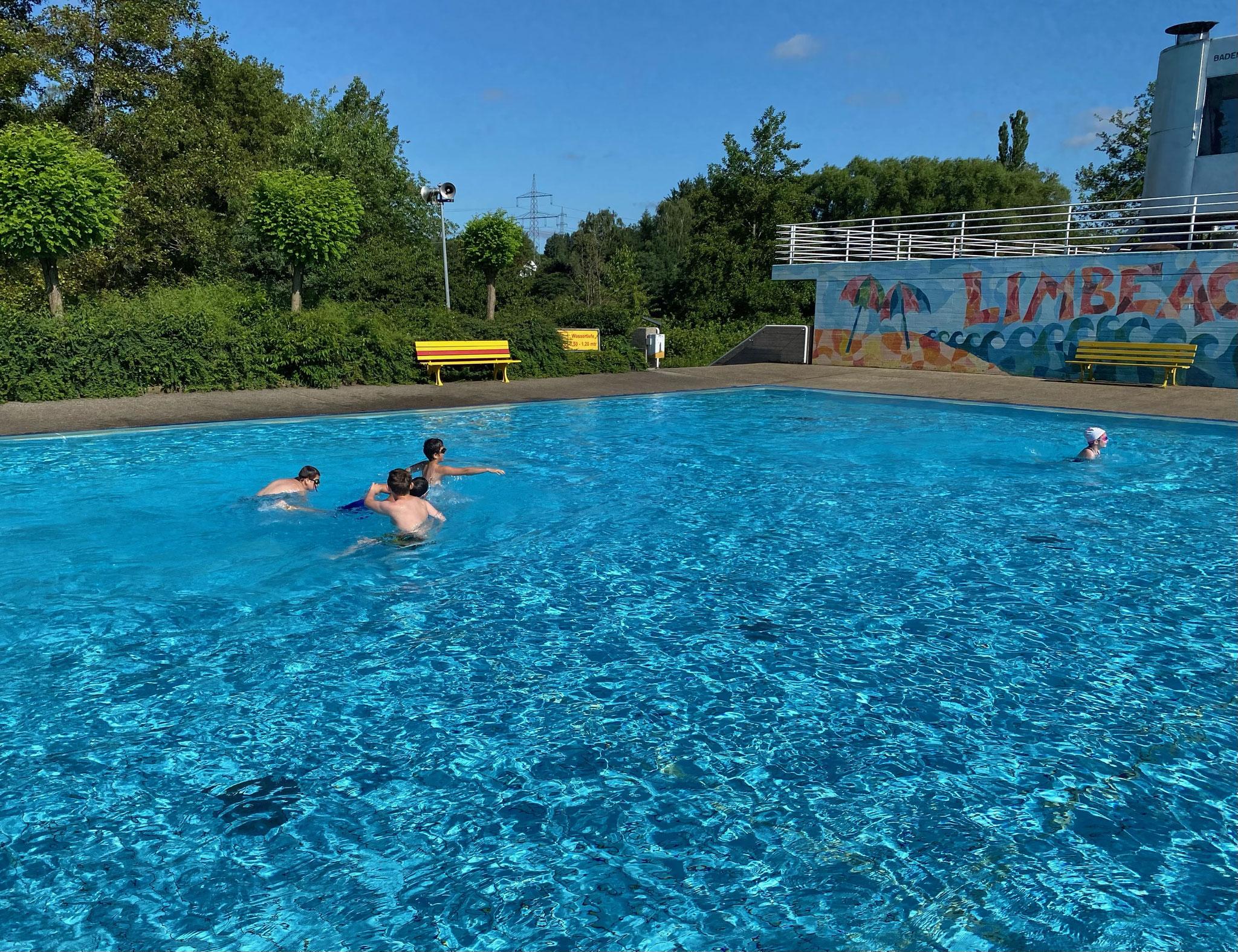 Das Nichtschwimmerbecken hatten wir meistens für uns alleine.