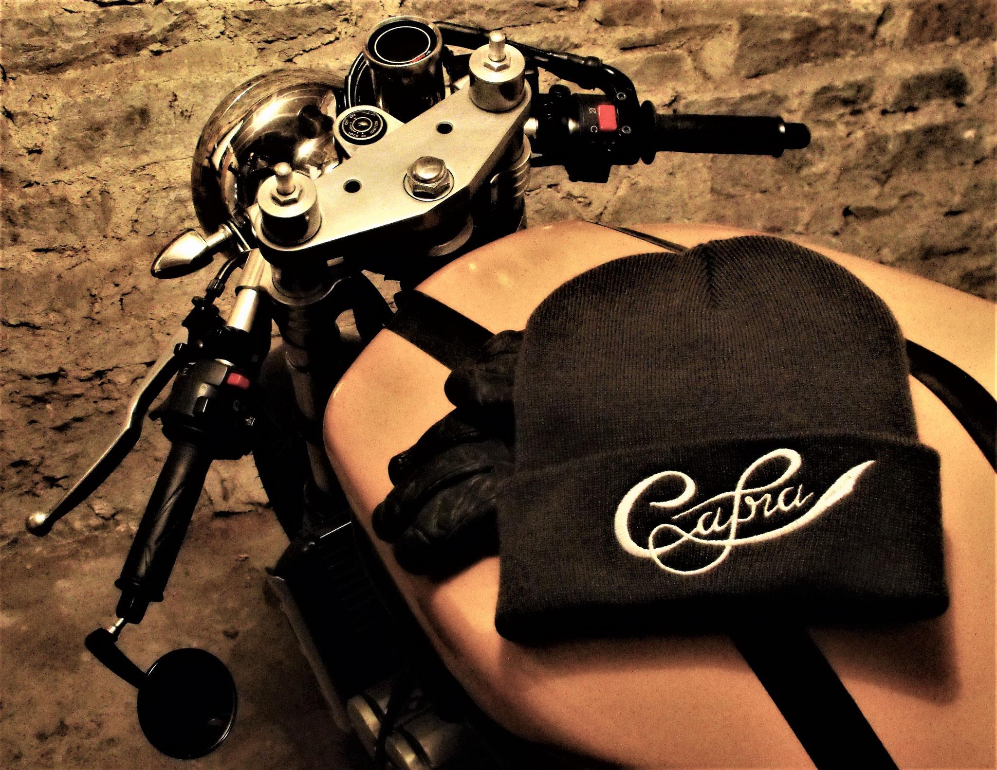 """Bonnet brodé café racer """"Cafra"""""""