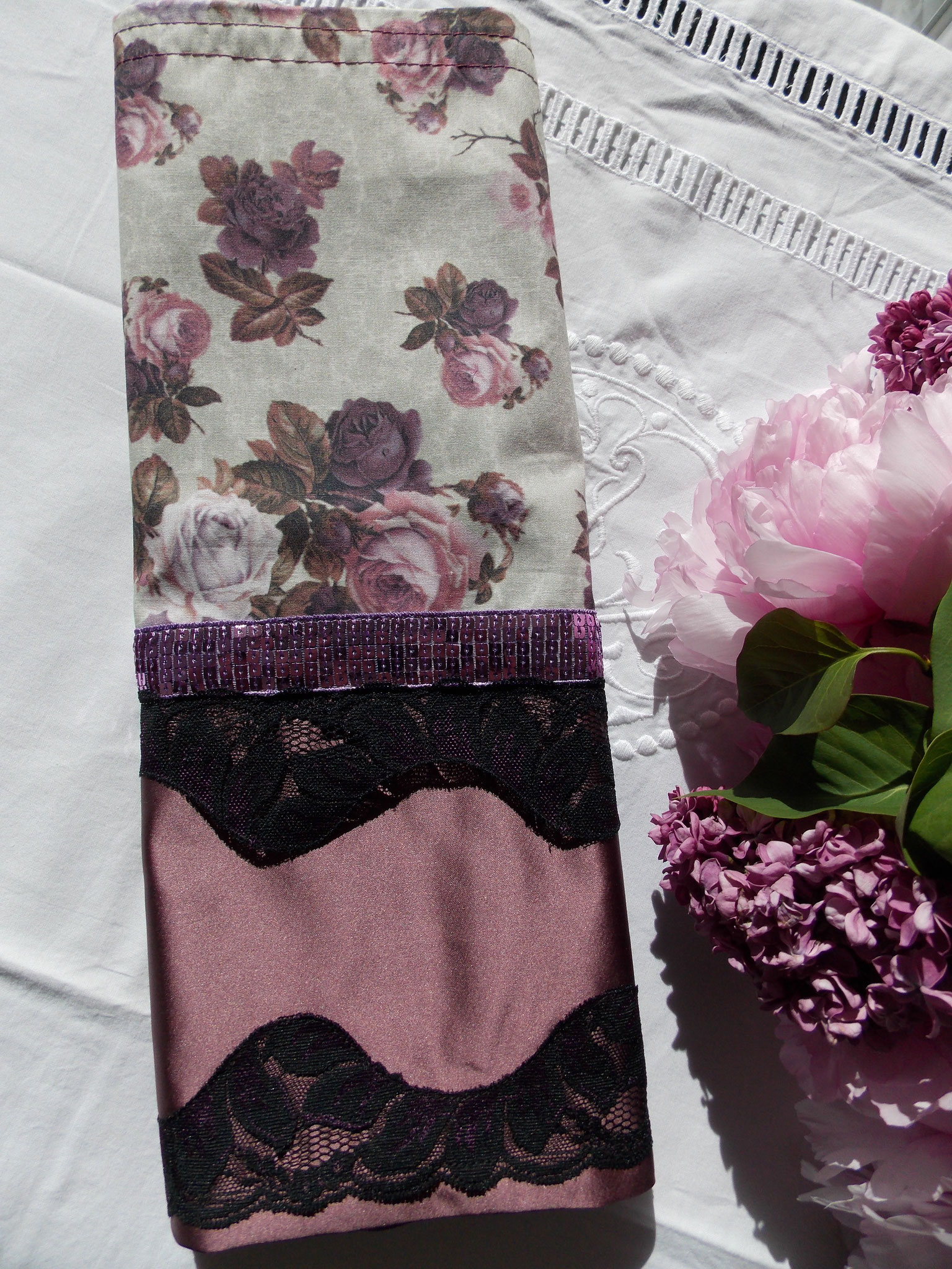 Roses et strass