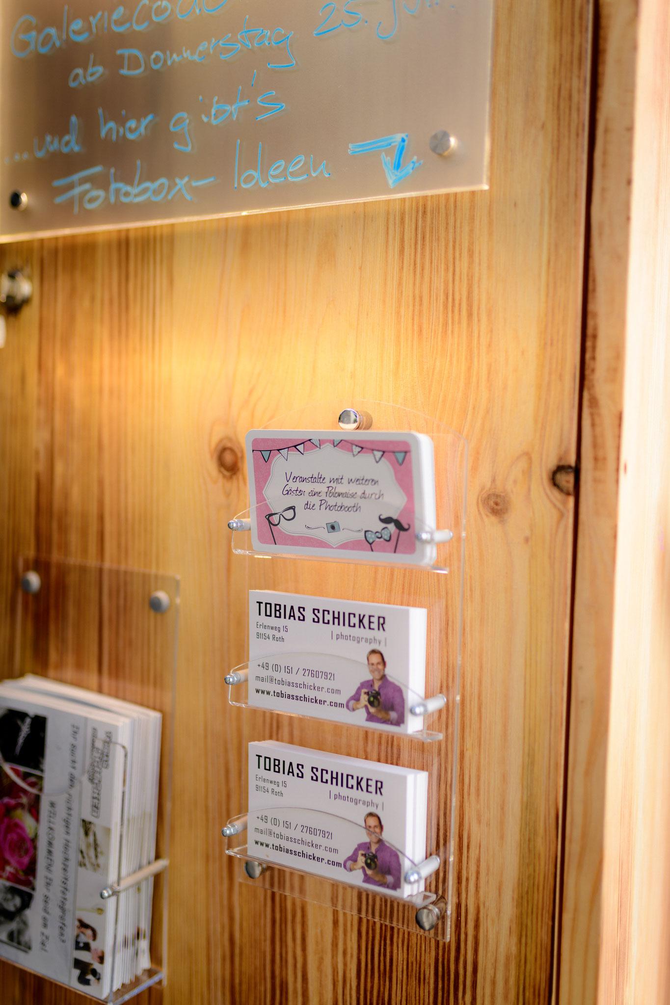 Galeriecode auf der Rückseite, um alle Gäste gleich zu informieren