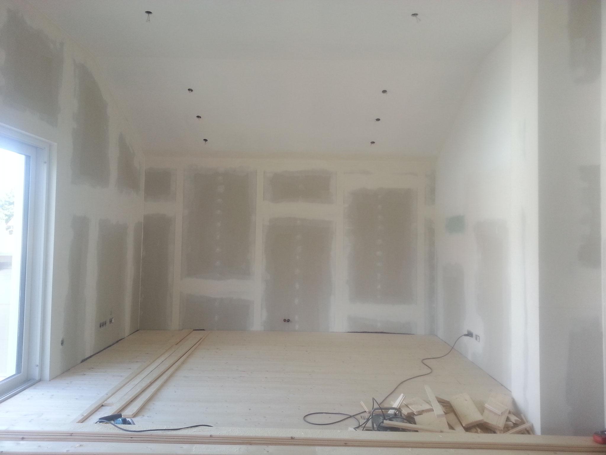 Der Holzboden ist fertig